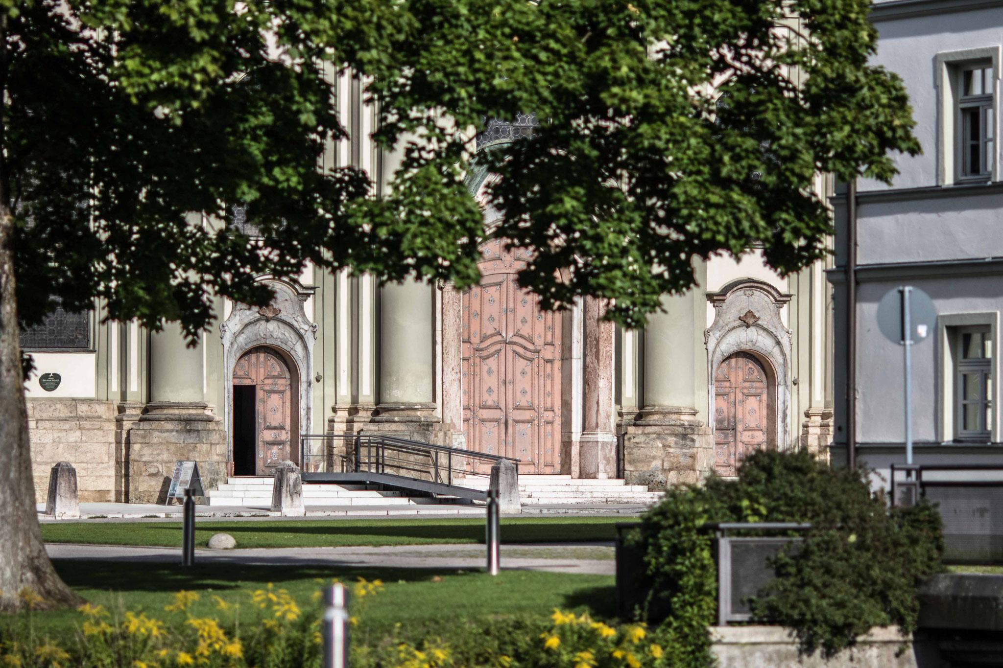 Der Eingangsbereich des Klosters Fürstenfeld.
