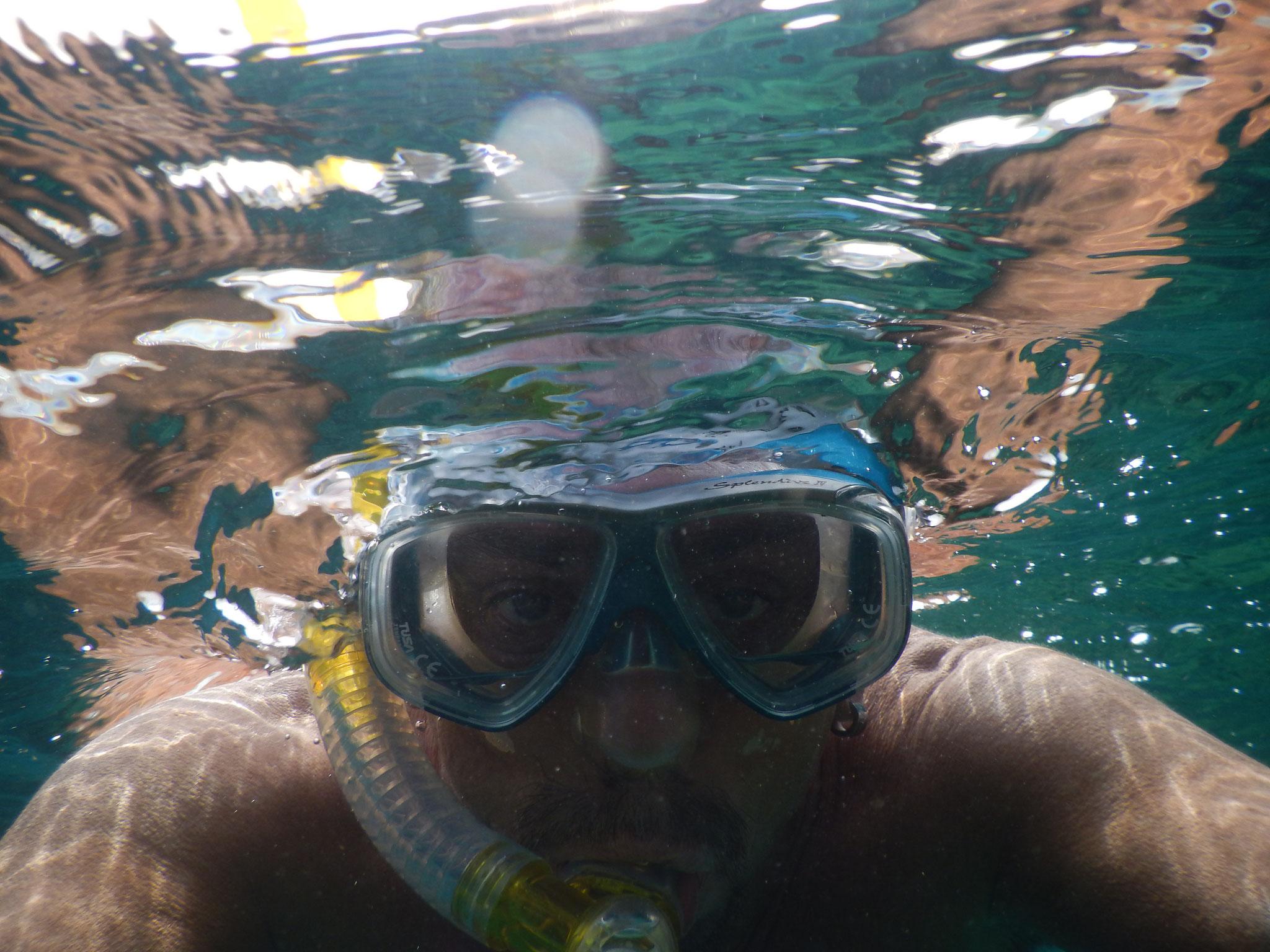 schnorcheln, baden , segeln Urlaub auf einer Segelyacht im Mittelmeer