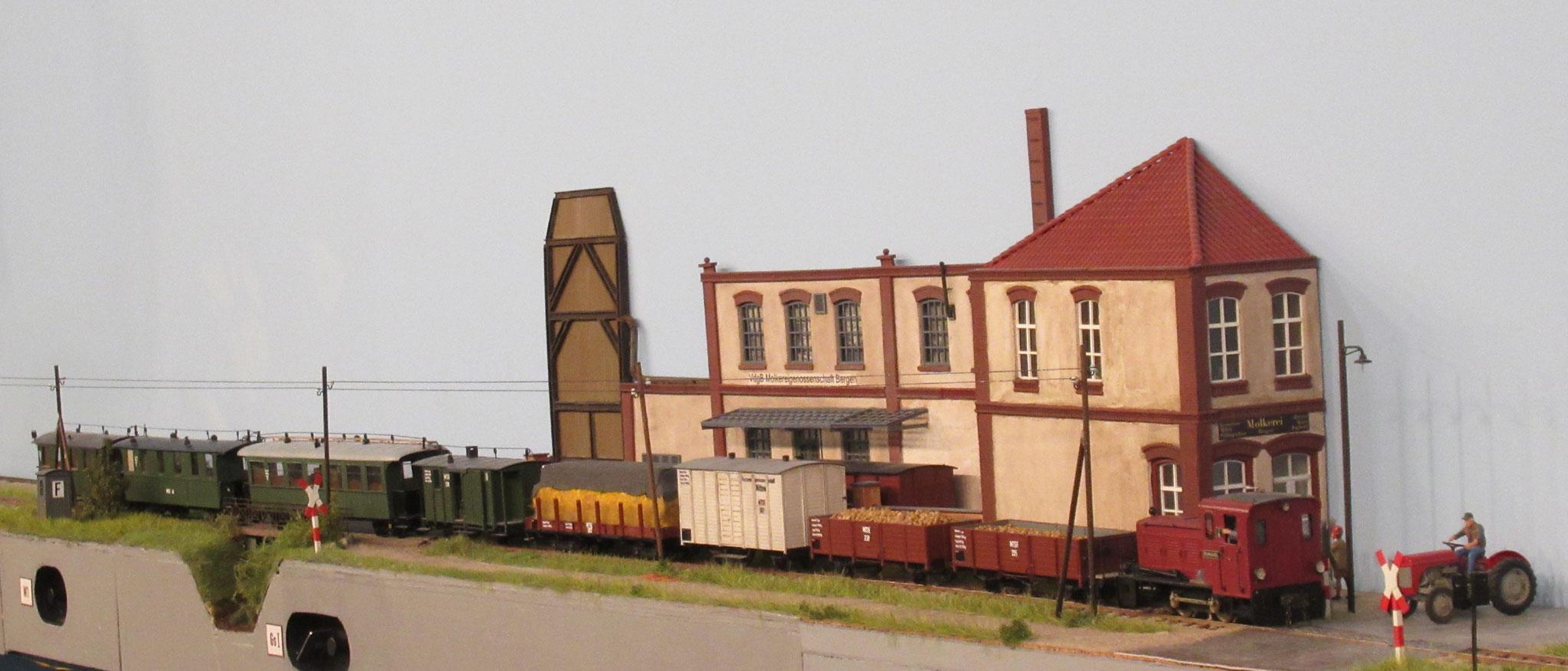 """Für eine """"leichte Streckenlok"""" ist der Zug schon beachtlich...."""