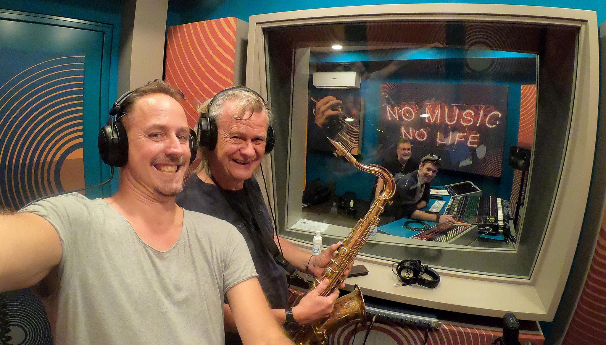 dirty old men recording sae vienna 1010 - 24th July 2020 - Wolfgang Medlitsch & Markus Jimi Ivan