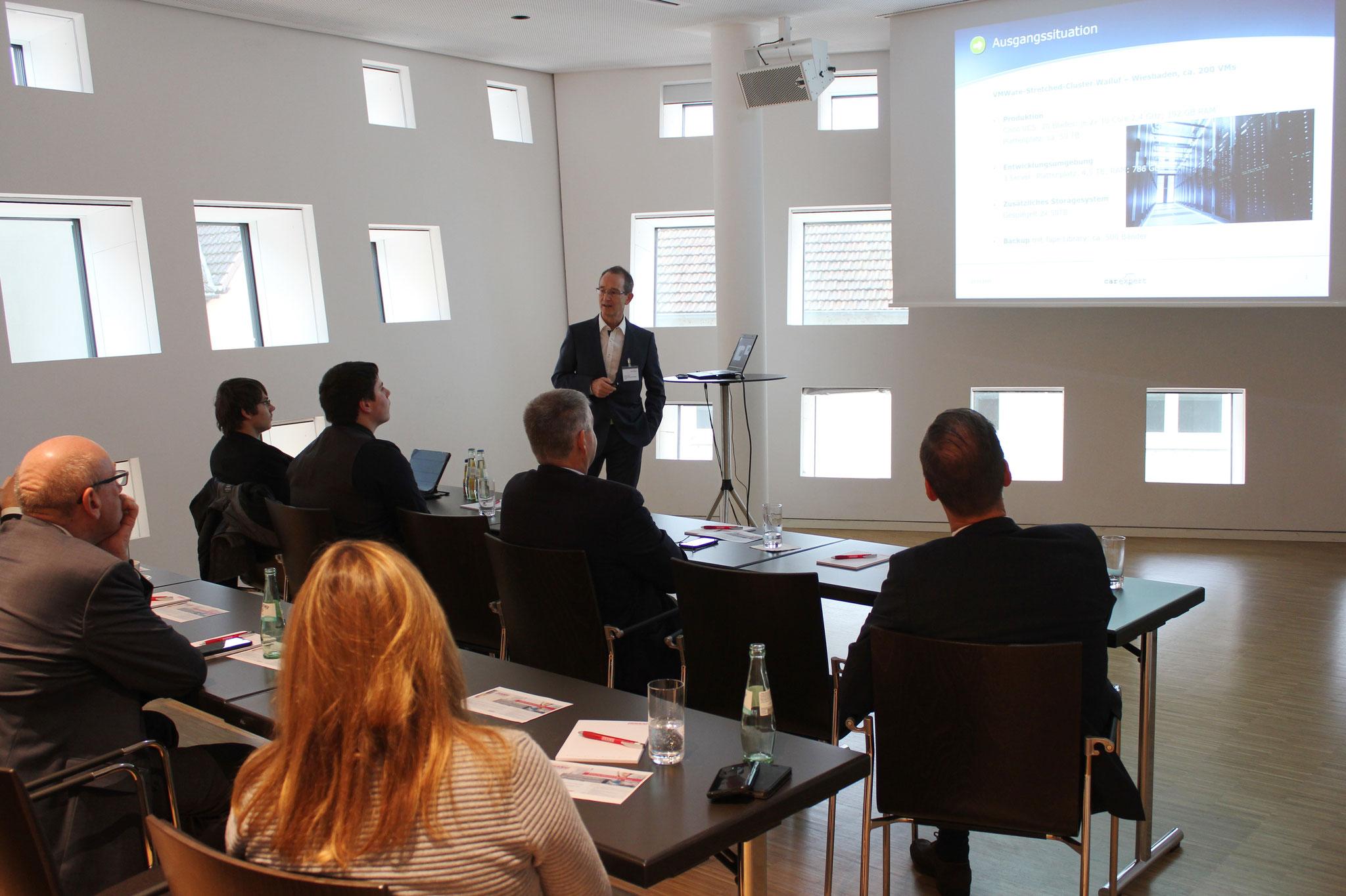 Sebastian Denk, Teamleiter IT-Systembetrieb bei carexpert berichtete vom Weg in die Private Cloud aus Kundensicht