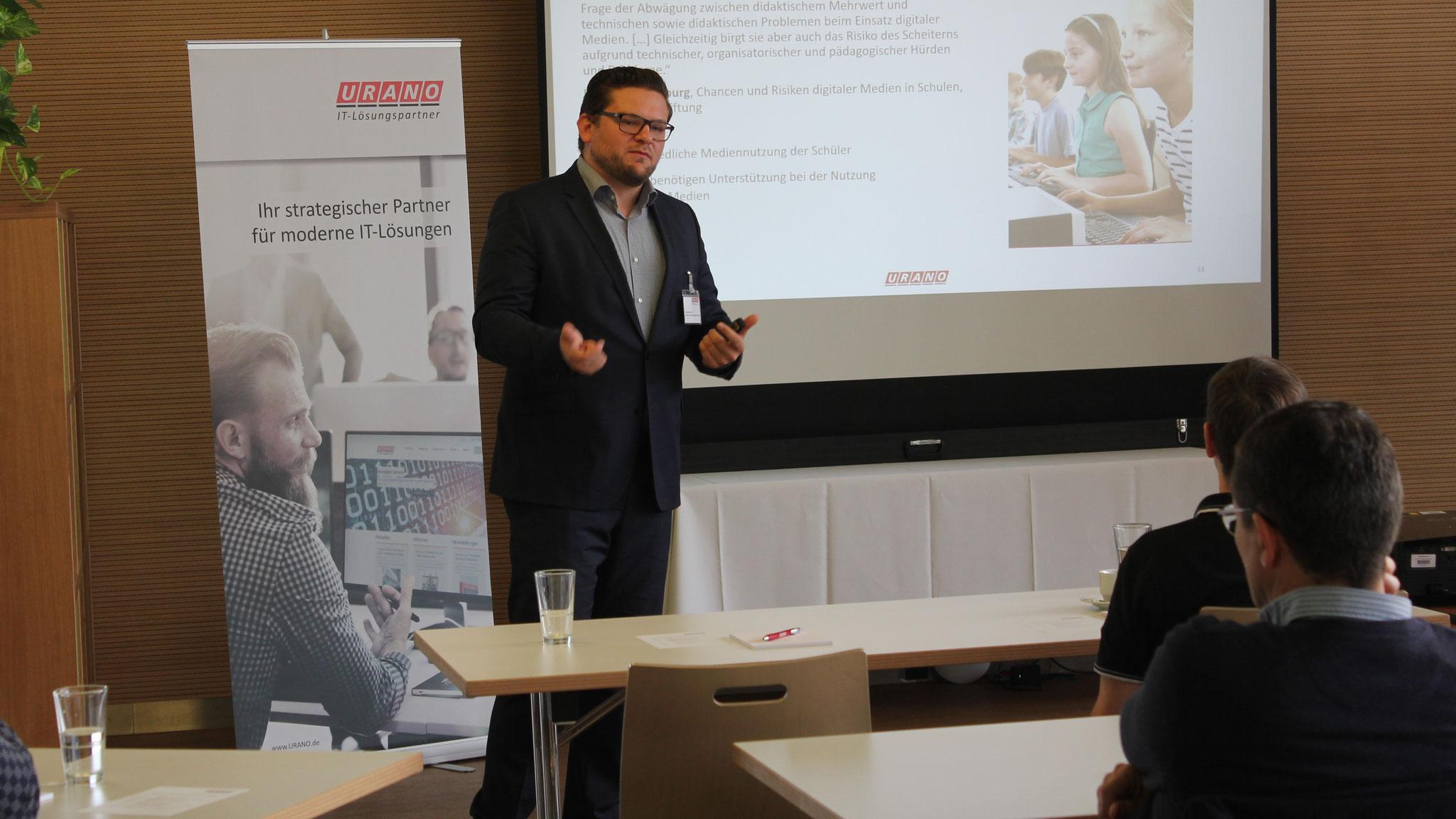 URANO Account Manager Konstantin Dech ist Ansprechpartner für URANO-Services