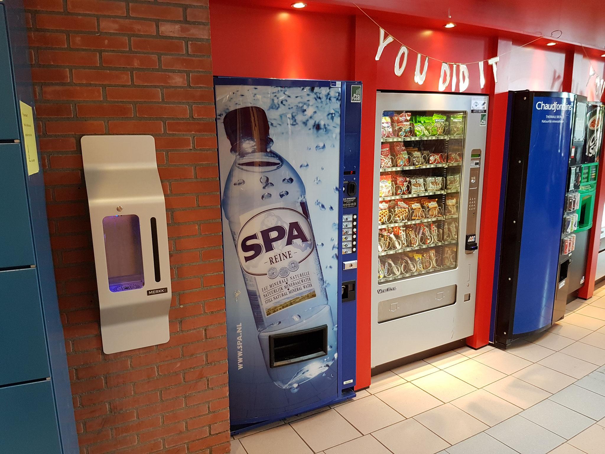 Tap water dispenser at Regius College Schagen