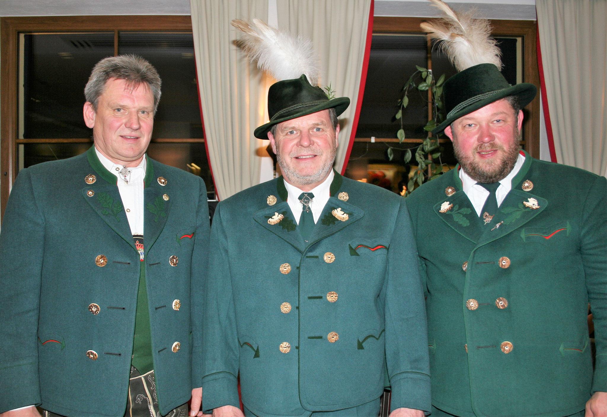 Norbert Schader (2. Bürgermeister, Schirmherr), Albrecht Zollhauser (1. Vorstand), Kurt Gastager  (2.Vorstand, Festleiter)