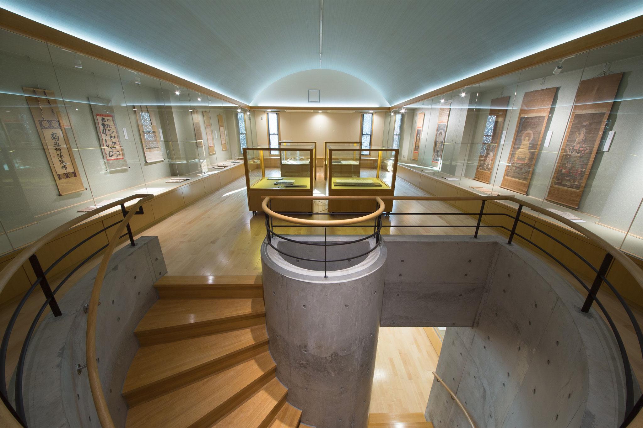 階段室 Photo by BDM