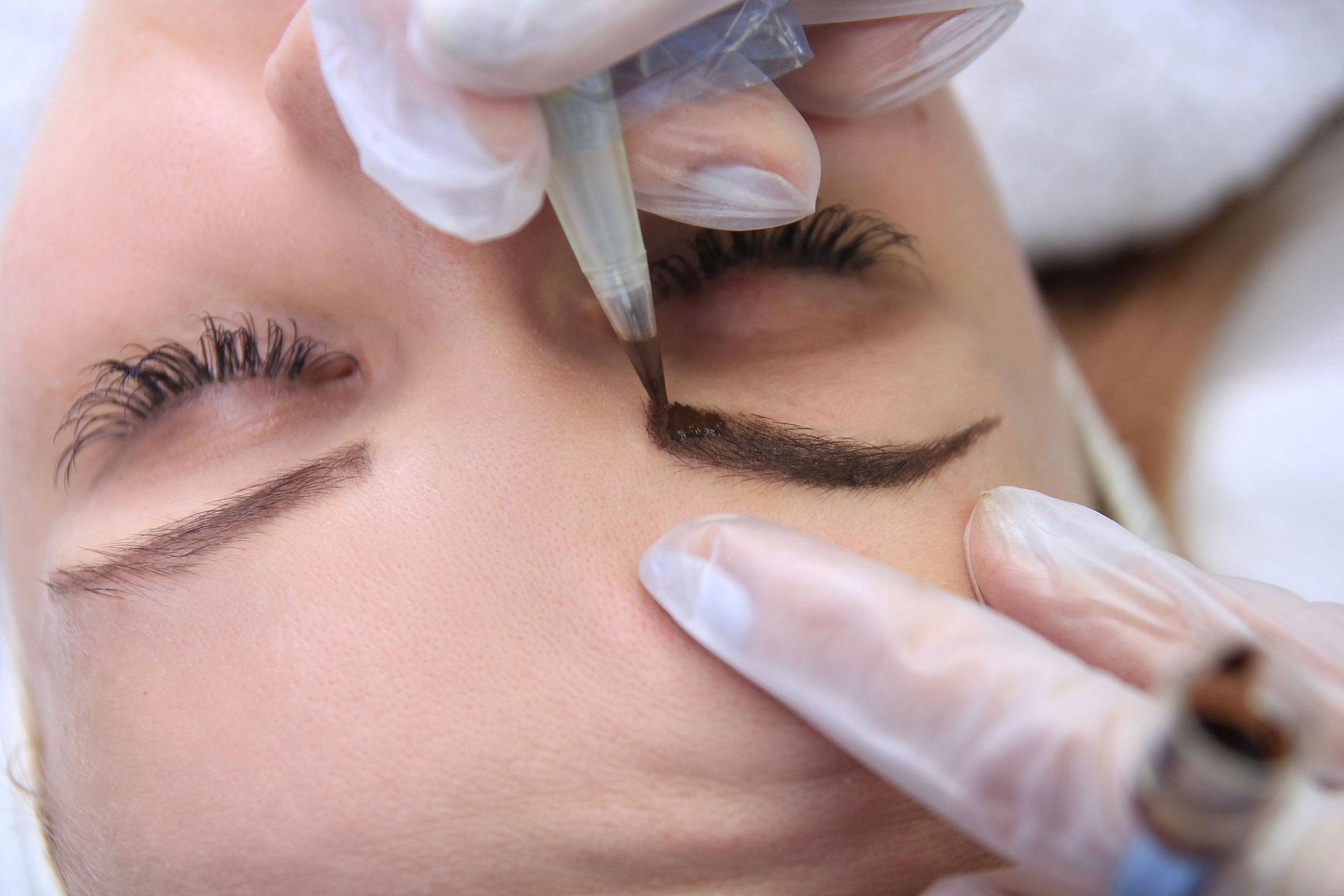 Permanent Make-Up Brauenkorrektur