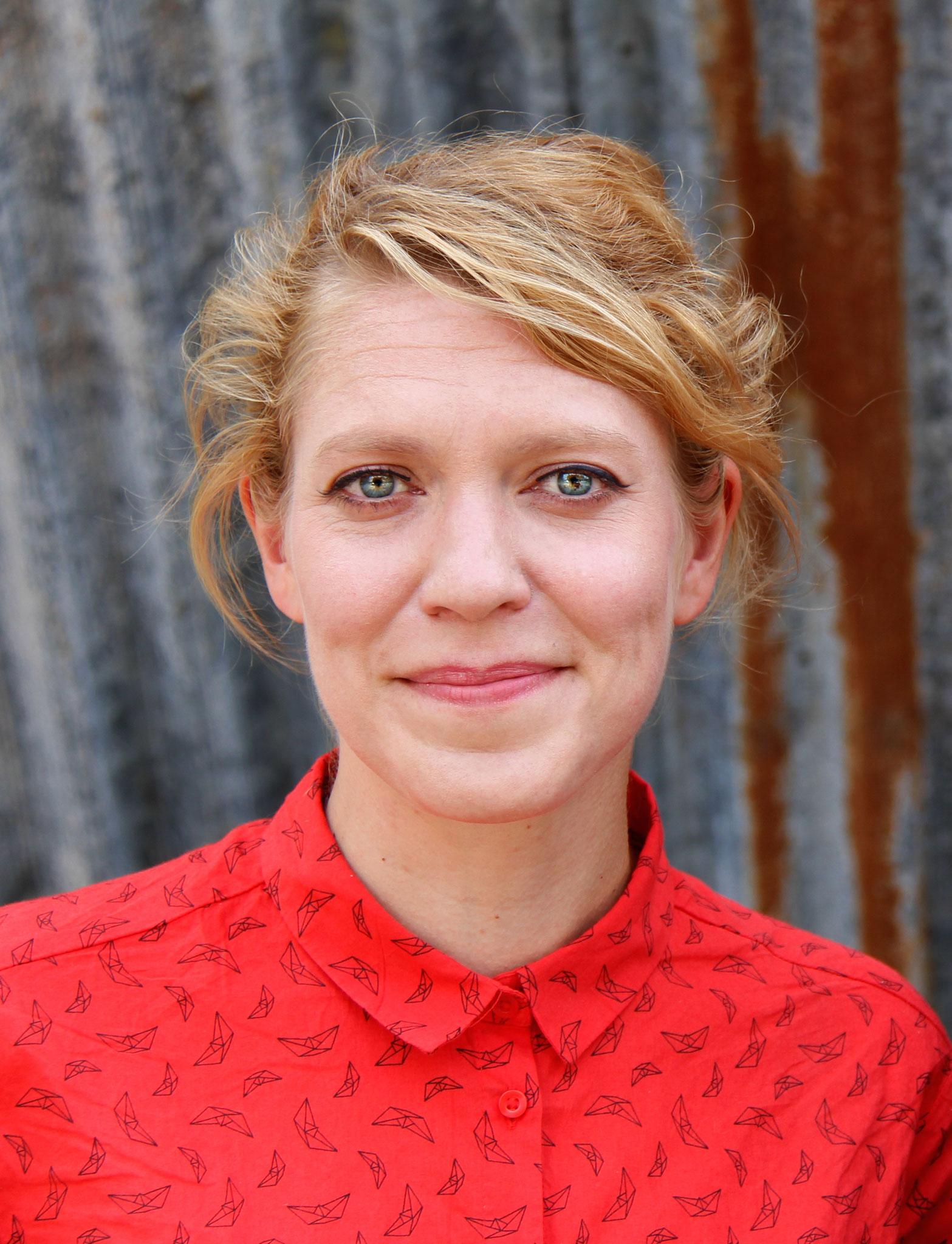 Leena Schmitter, Grünes Bündnis Bern: Weil junge Frauen und Mädchen das Recht auf Schutz und Sicherheit haben & weil eine sichere Notunterkunft helfen kann, gewaltfreie Zukuftsperspektiven zu entwickeln. Jetzt&ici: pour une MädchenHousedesFilles à Bienne