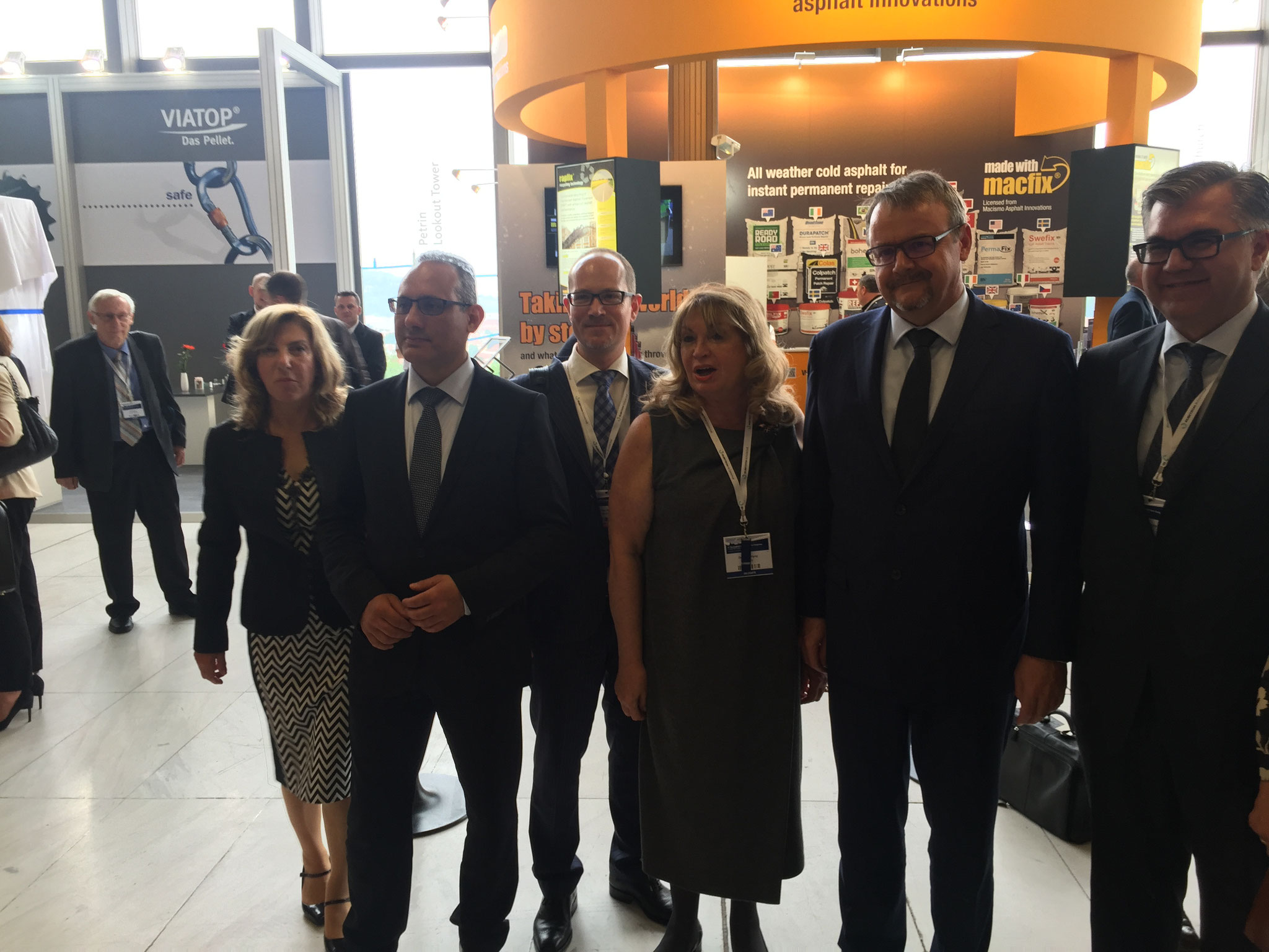 Czech Minister of Transport Dan Toc, Member of European Parliament Ismail Ertug, EAPA President Ayberk Özkan, Zeliha Temren, Derya Senyay of ASMÜD and Dr. Carsten Karcher