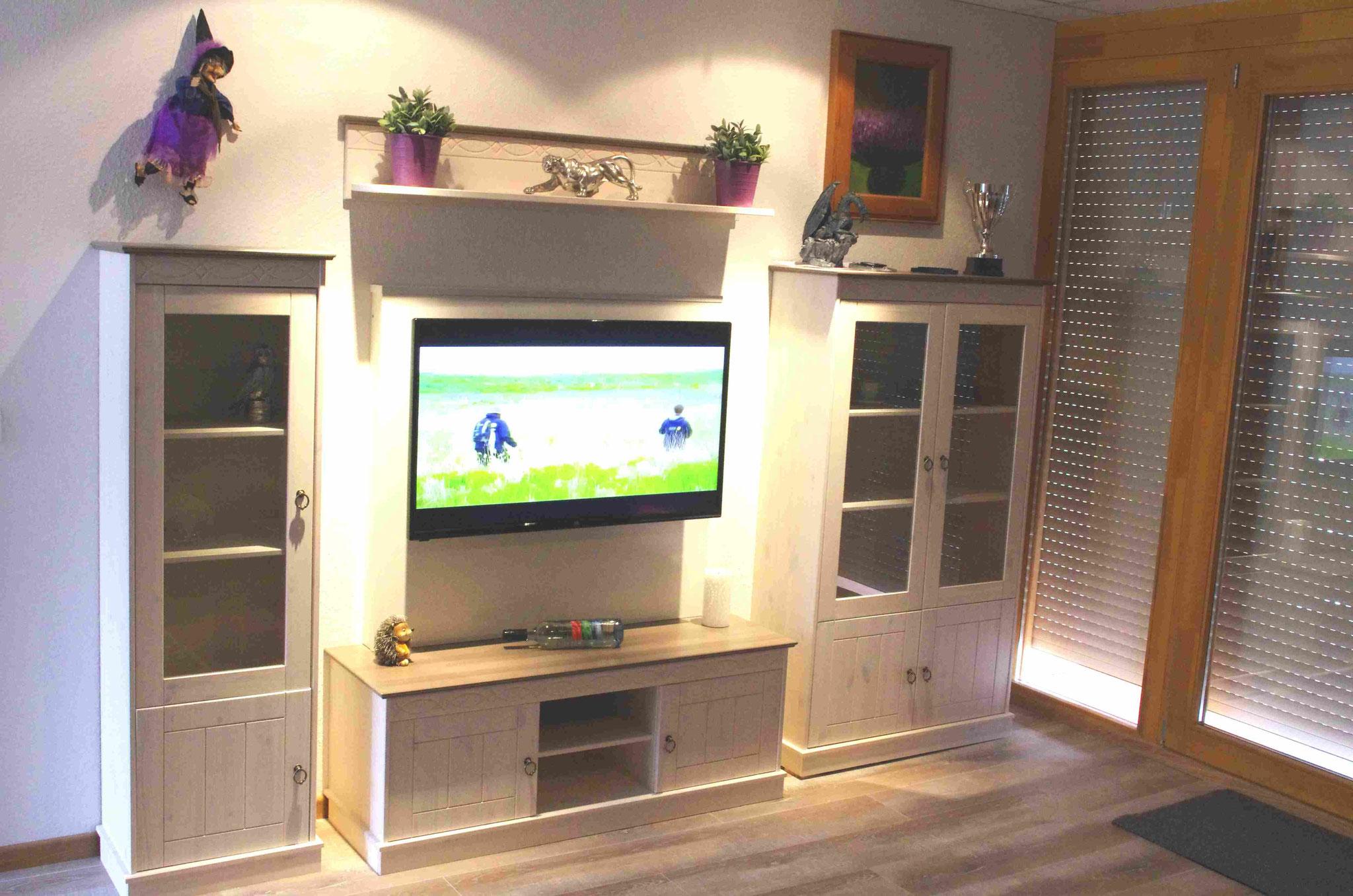 Flat TV mit Internet