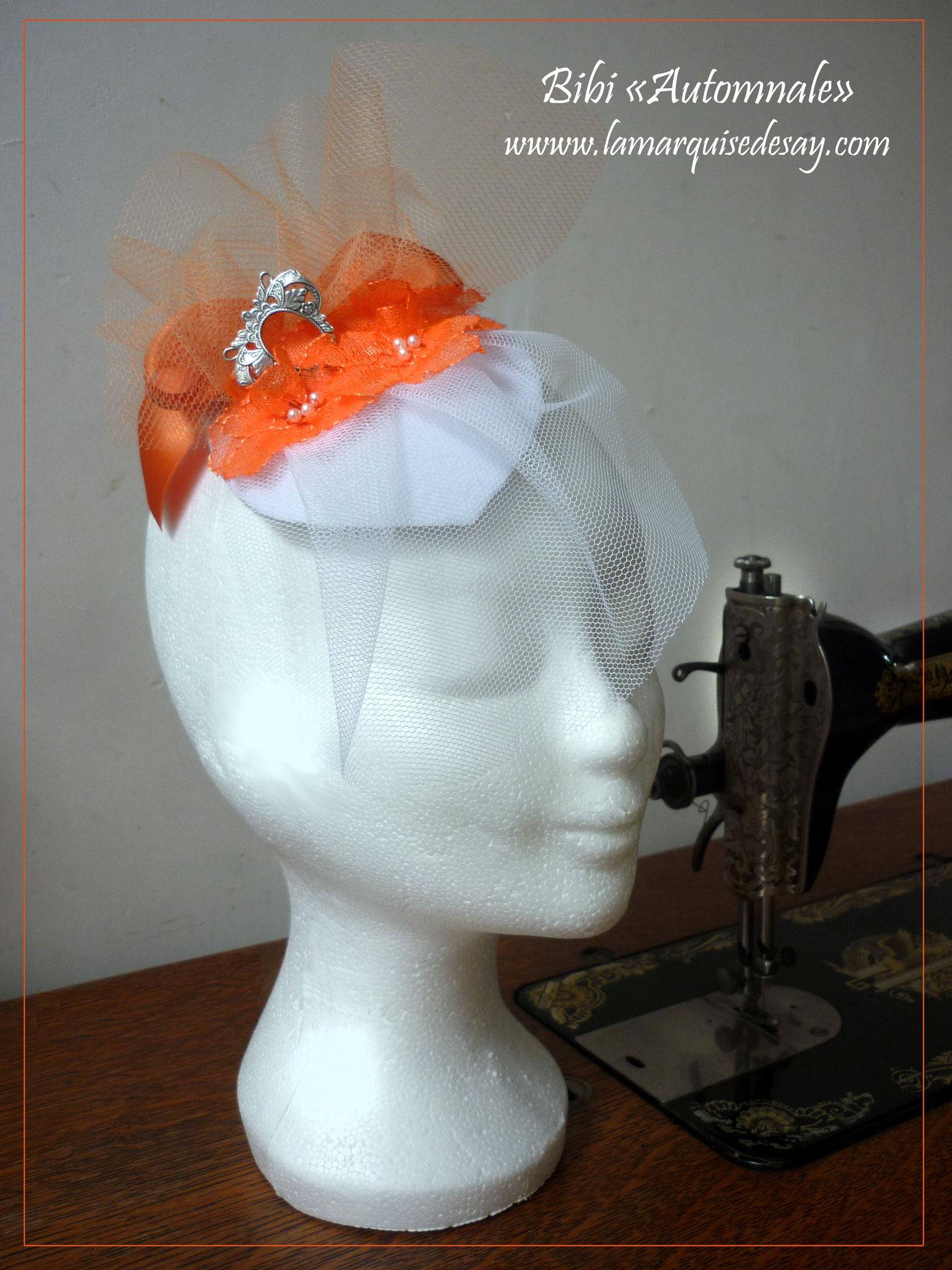 """Bibi """"Automnale"""" - Feutre blanc moulé, tulle, ruban, dentelles et perles  - Demande sur-mesure"""