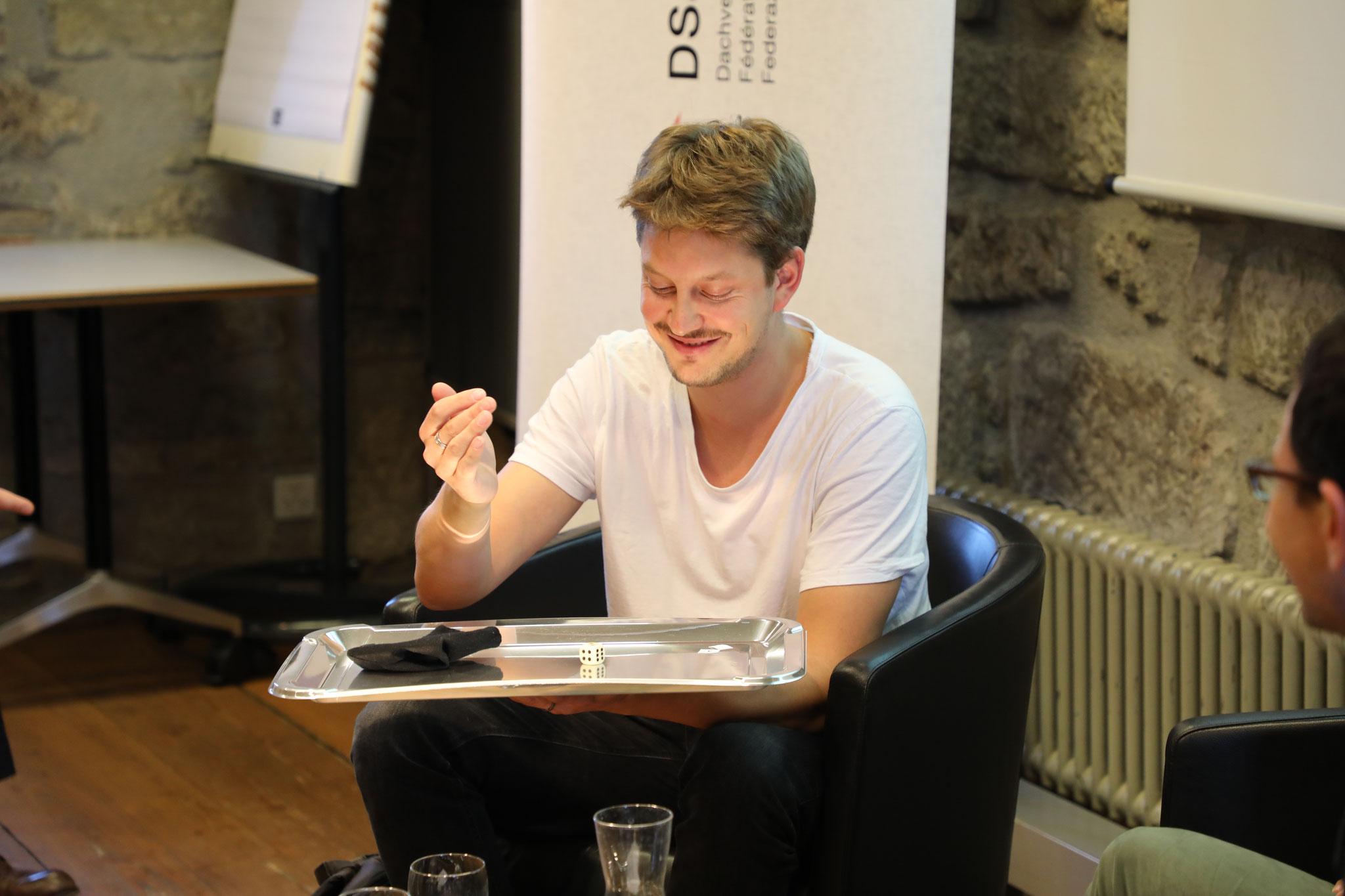 """Maximilian Stern (Co-Autor """"Agenda für eine digitale Demokratie"""")"""