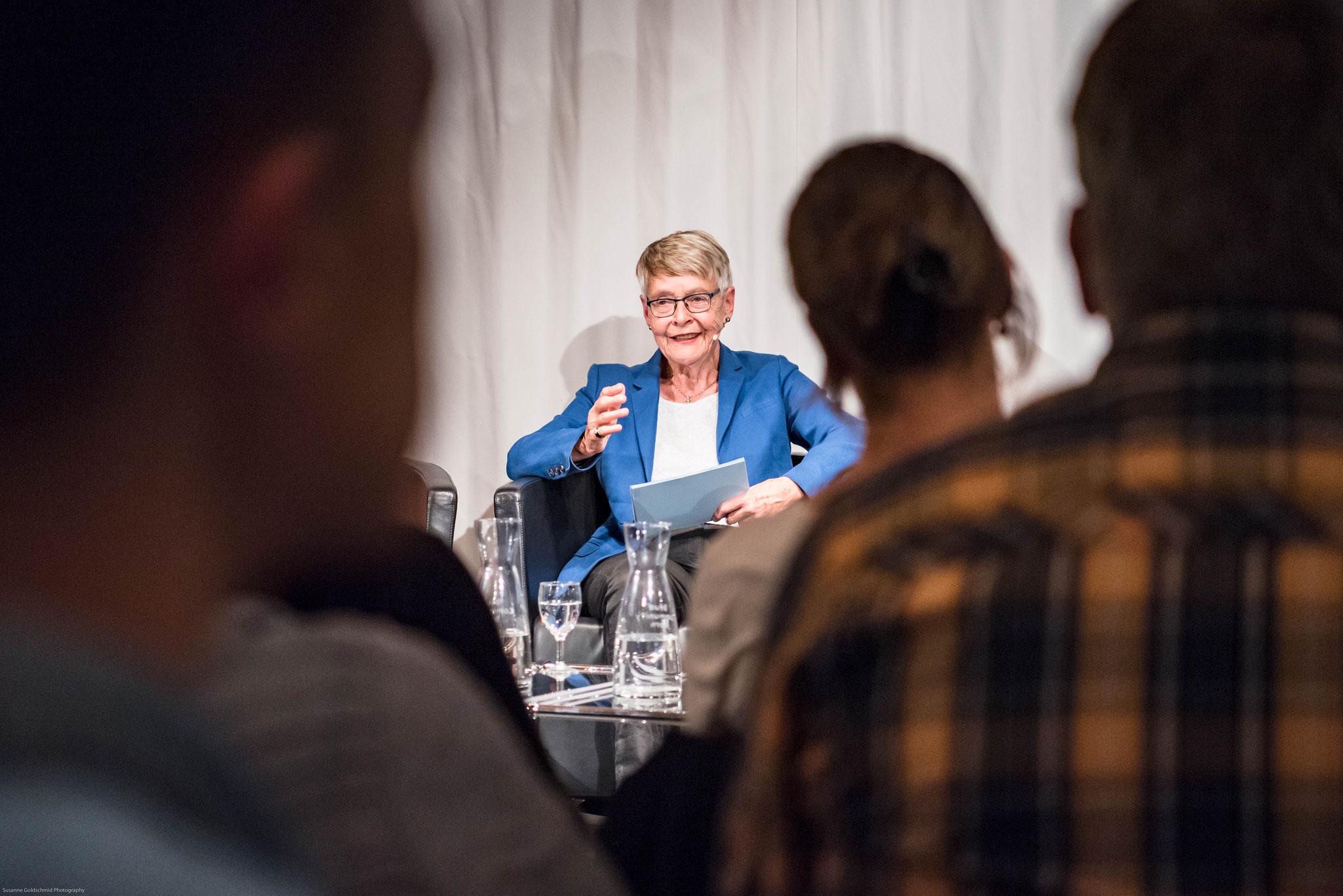 Klara Obermüller (freie Publizistin und Adoptierte)