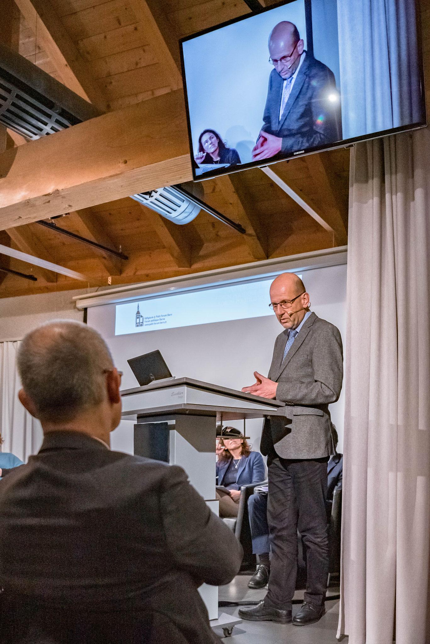 Dr. Daniel Kosch (secrétaire général de la Conférence centrale catholique romaine de Suisse)