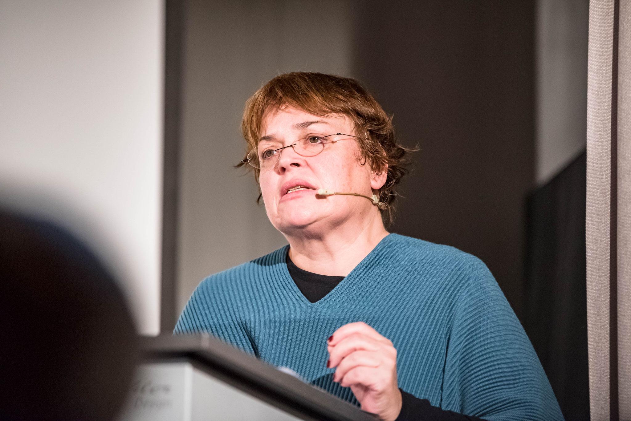 Prof. Dr. Angela Berlis (doyenne de la faculté de théologie de l'Université de Berne)