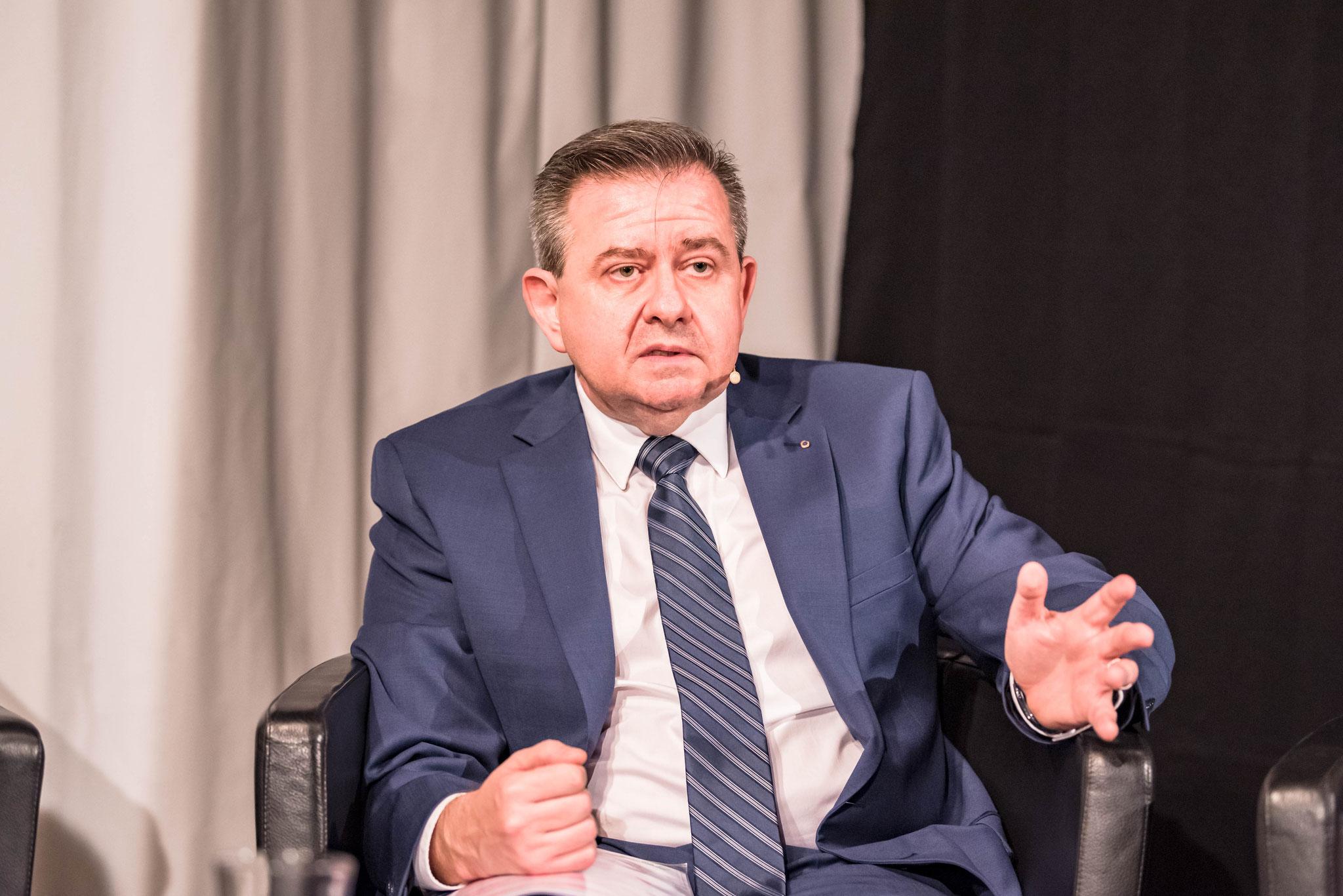 Nino Santabarbara Küng (Leitender Jugendanwalt Kanton Bern)