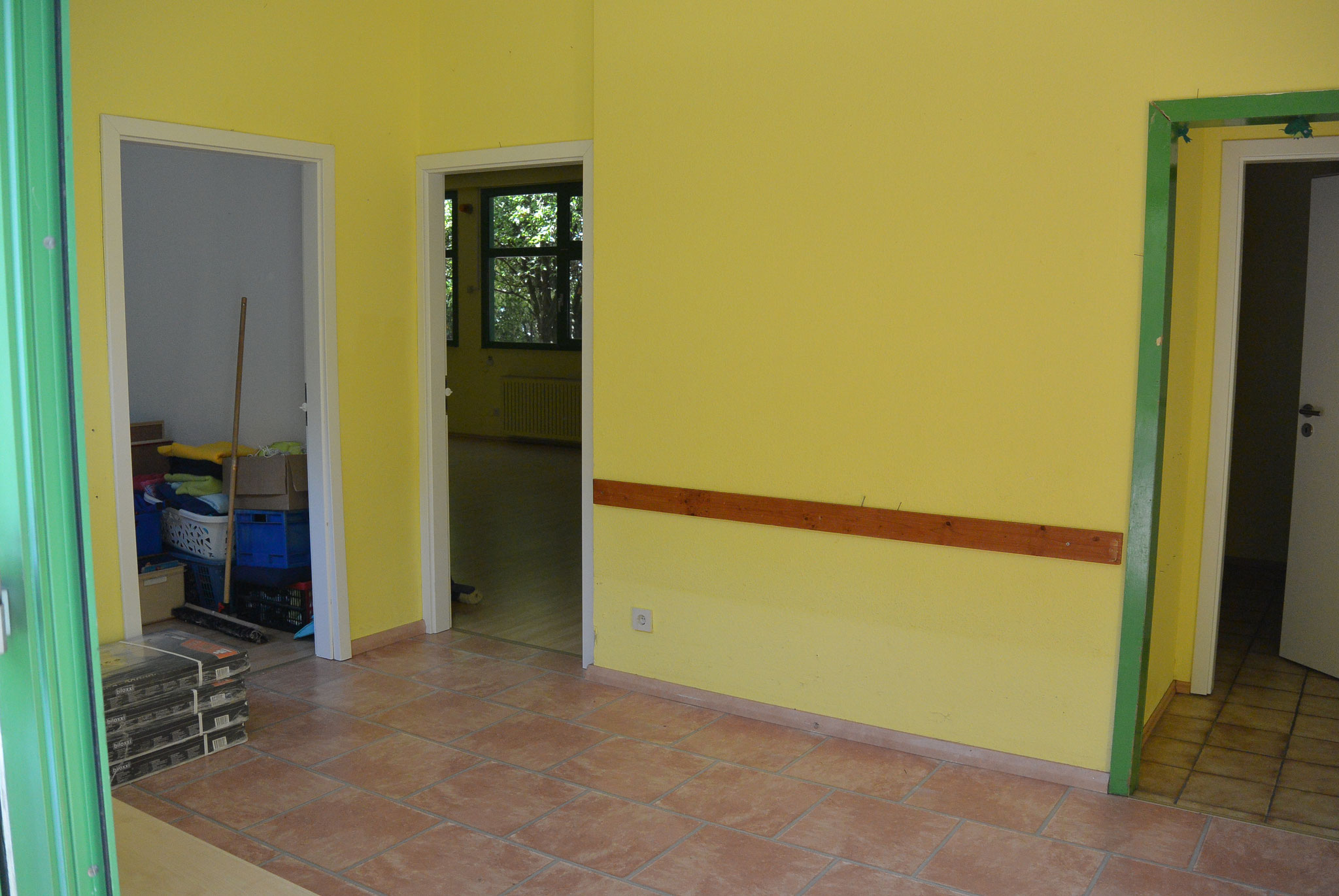 Der Eingangsbereich empfing uns in einem fröhlichen gelb