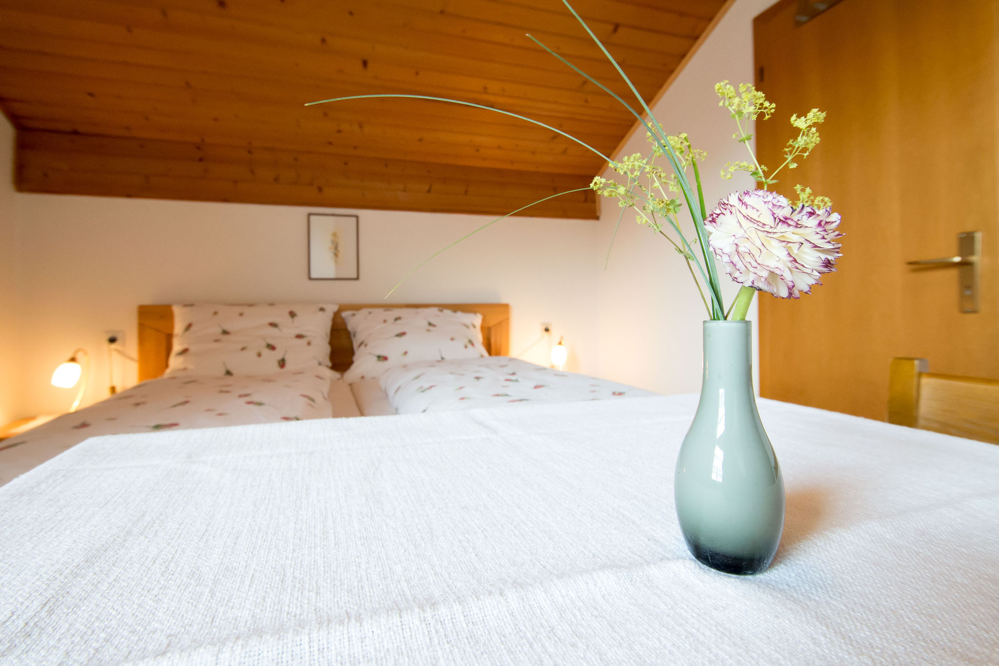 Das Doppelbett von Zimmer Nummer 4