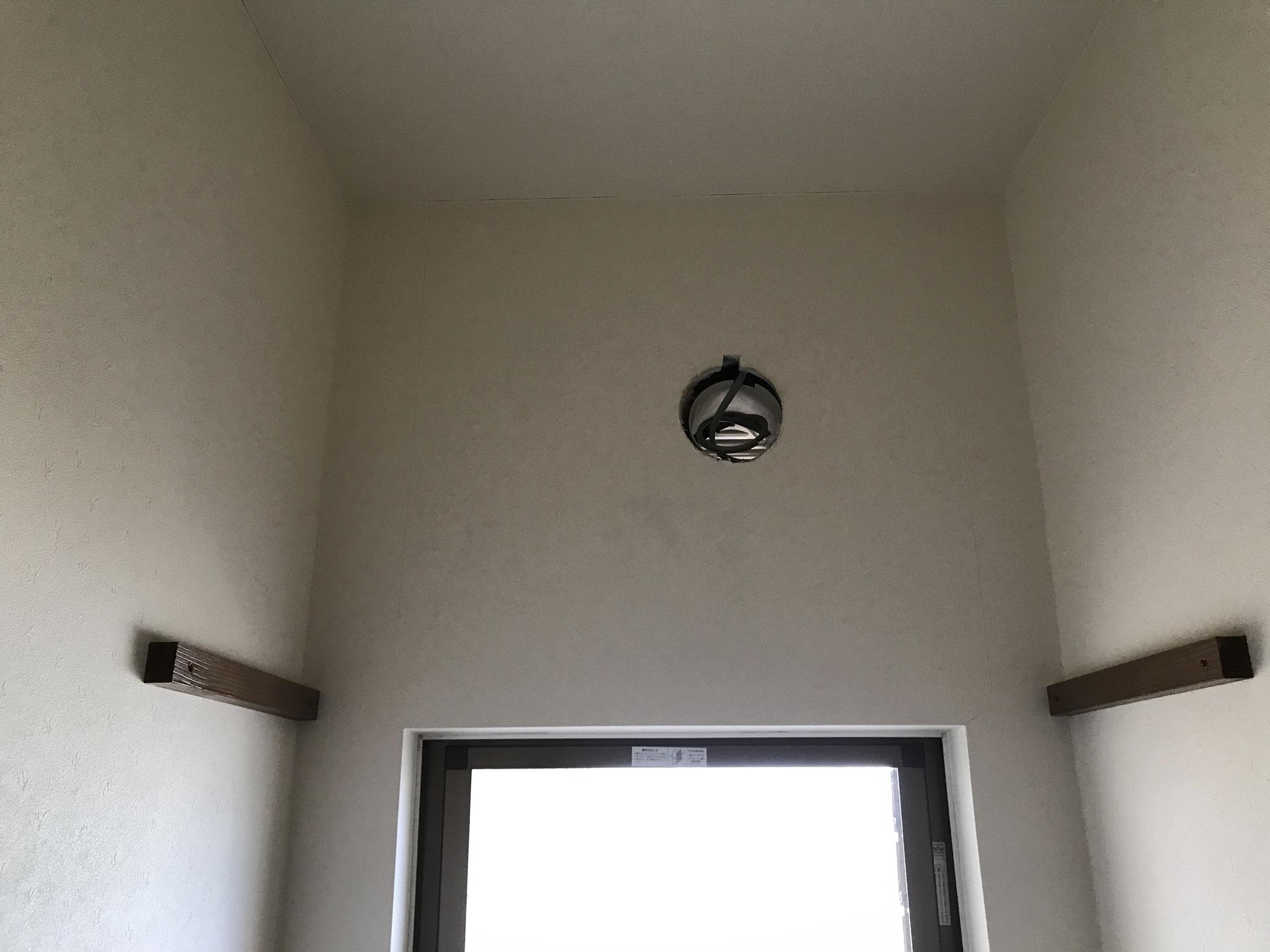 トイレ換気扇新設