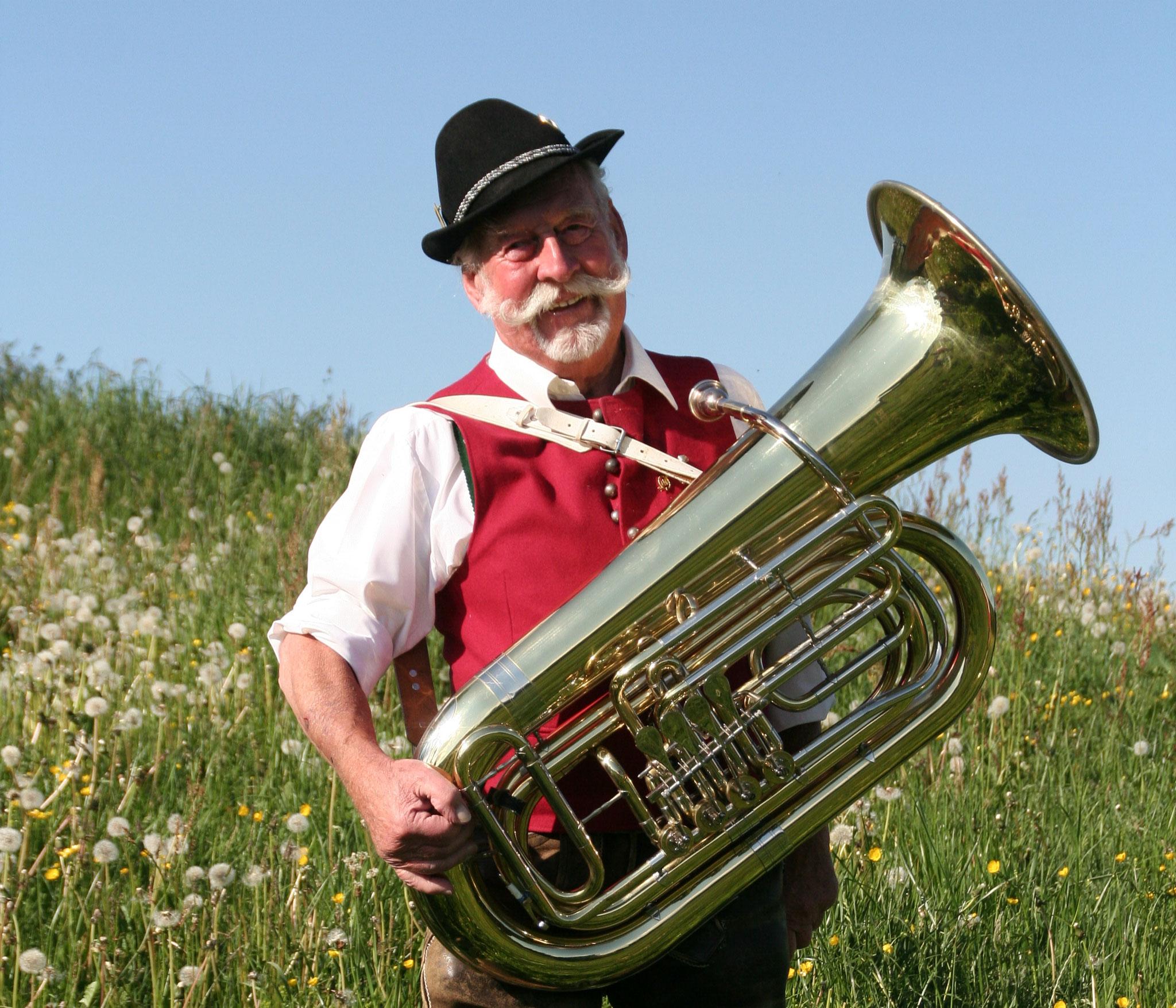 Ehrenbürger Ignaz Reggel, Tuba, aktiv von 1950-2004