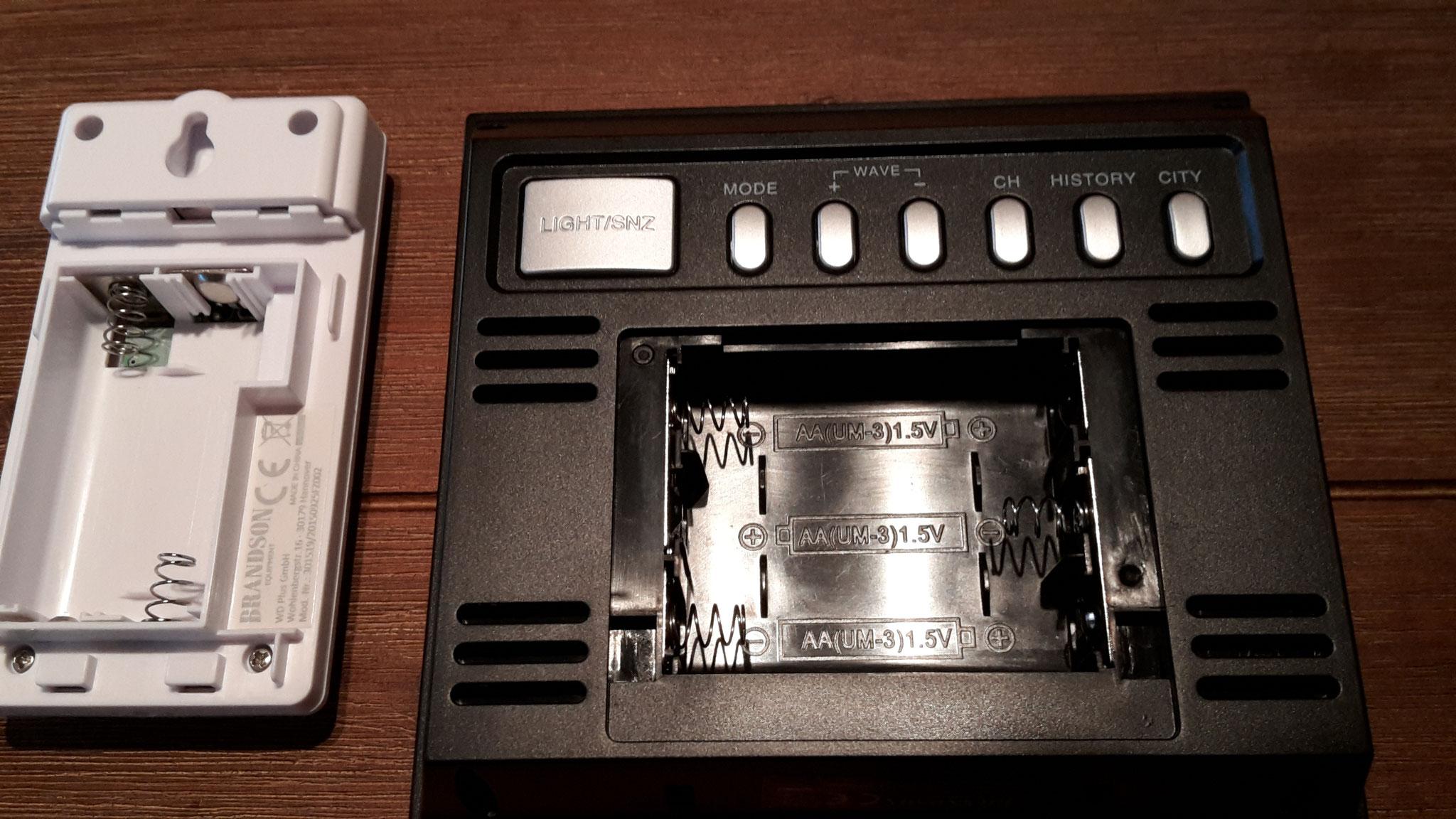 Batteriefach offen Sender und Station