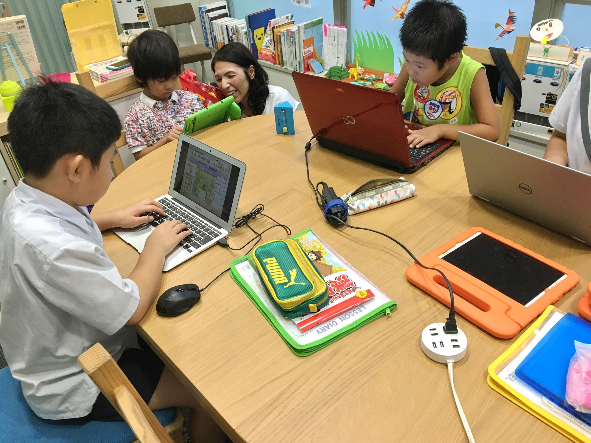 ICTスクールNEL レッスン風景 タイピング
