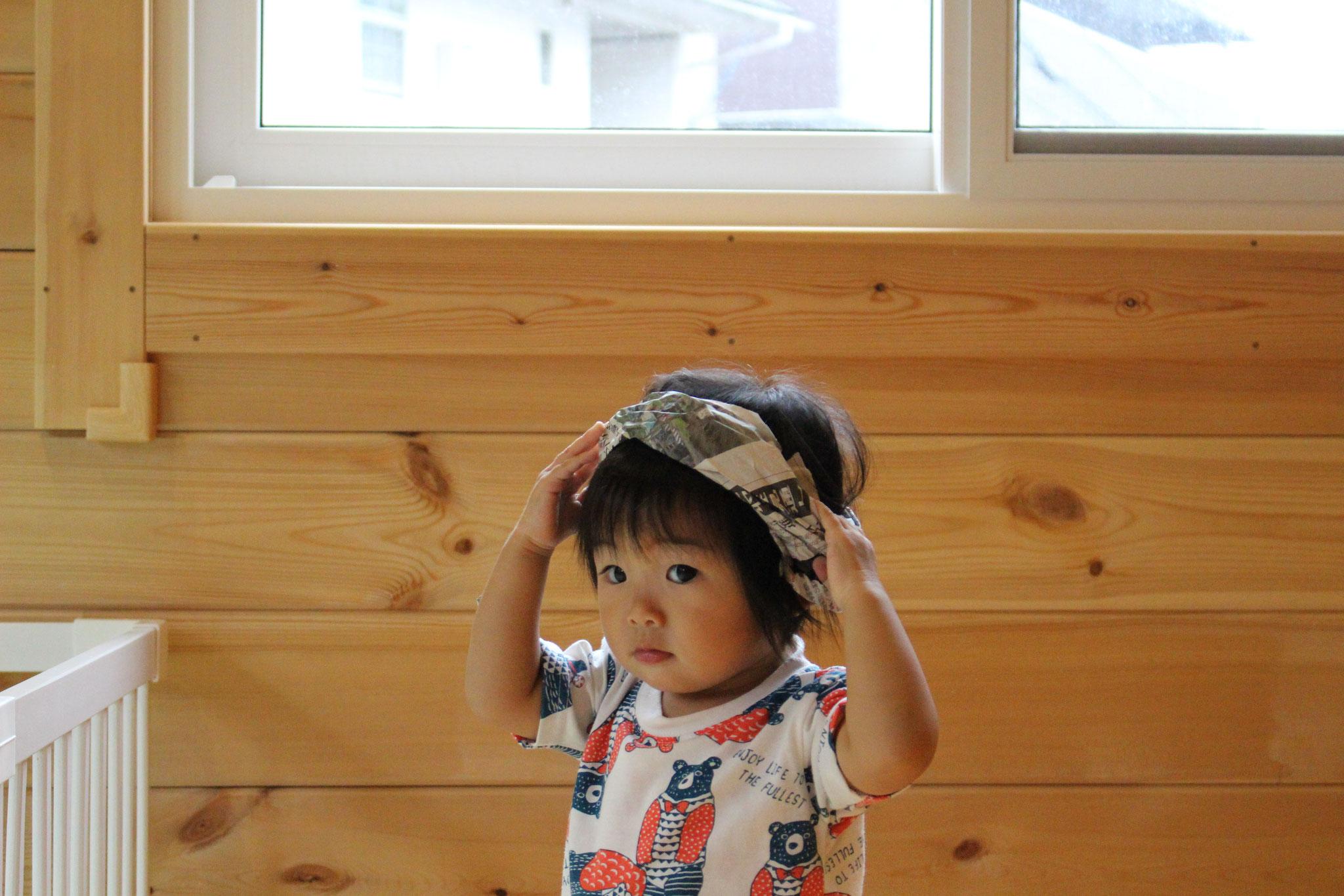 先生に 王冠を 作ってもらったよ カワ(・∀・)イイ!! プリンセスだね(#^.^#)