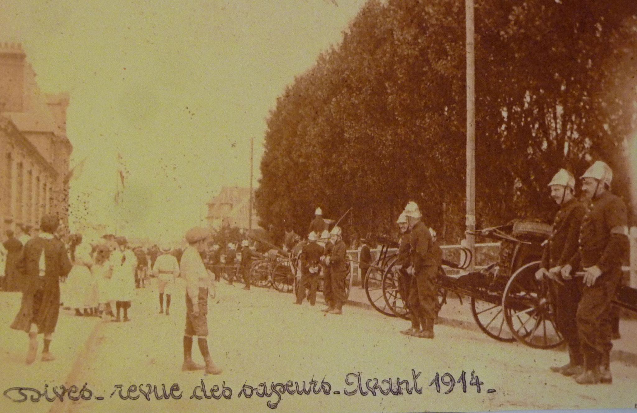 Revue des sapeurs avant 1914 - Collection Dives