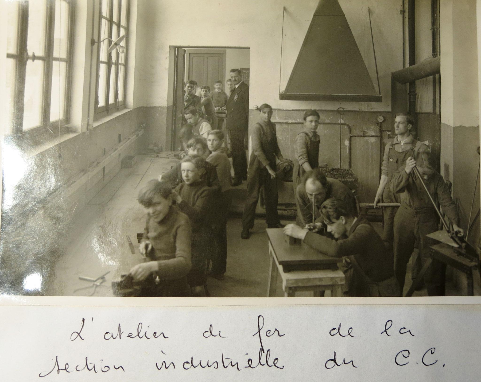 Pontais - atelier fer Cours Complémentaire vers 19