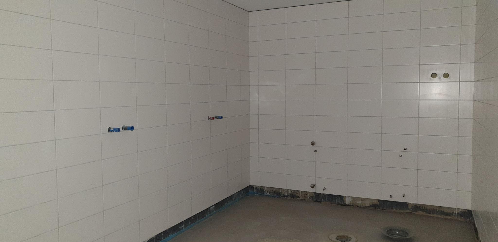 Dusche Herren - nur ZWEI Duschen !! -