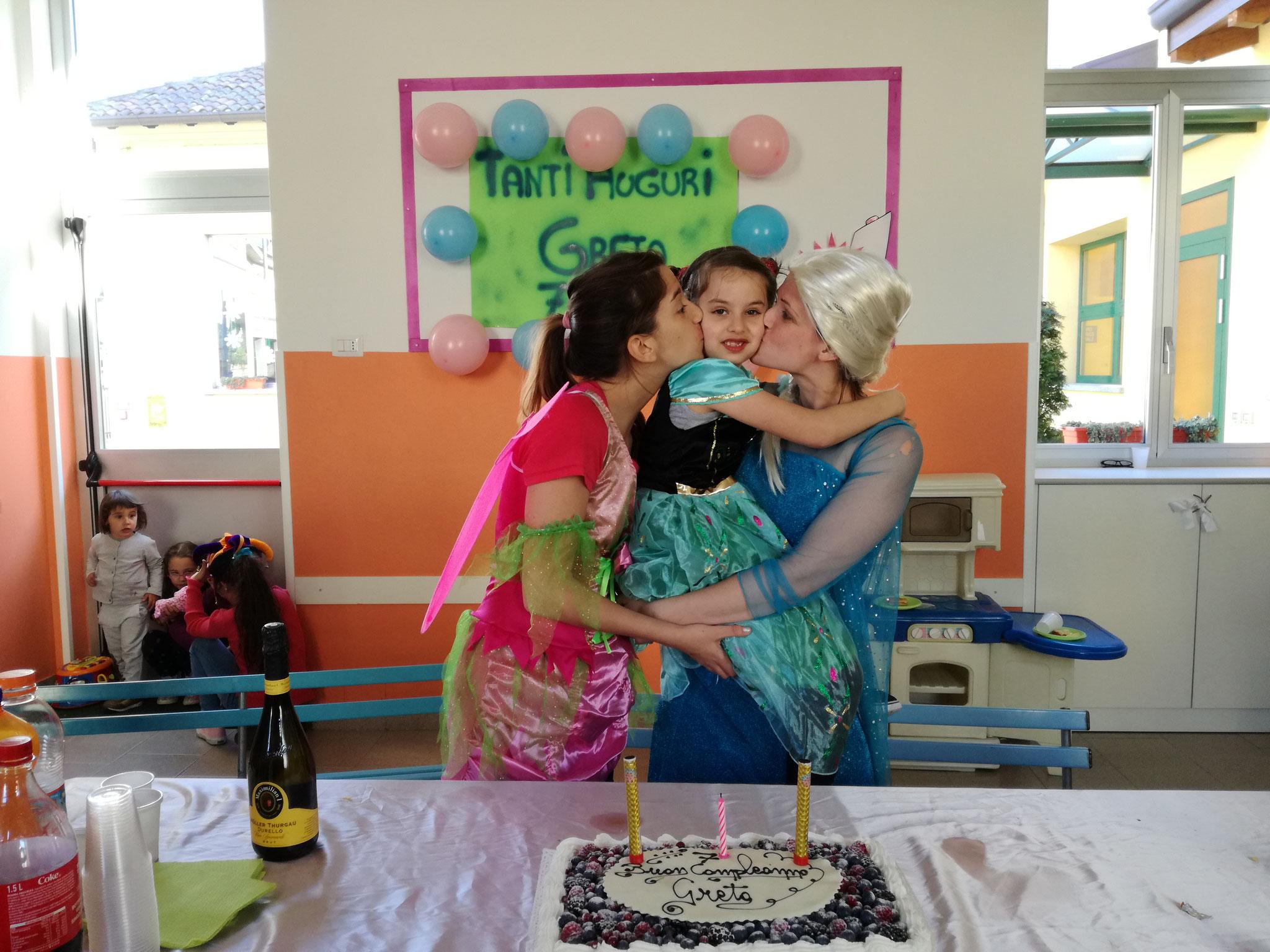 Martina,  Ilaria e la piccola GRETA