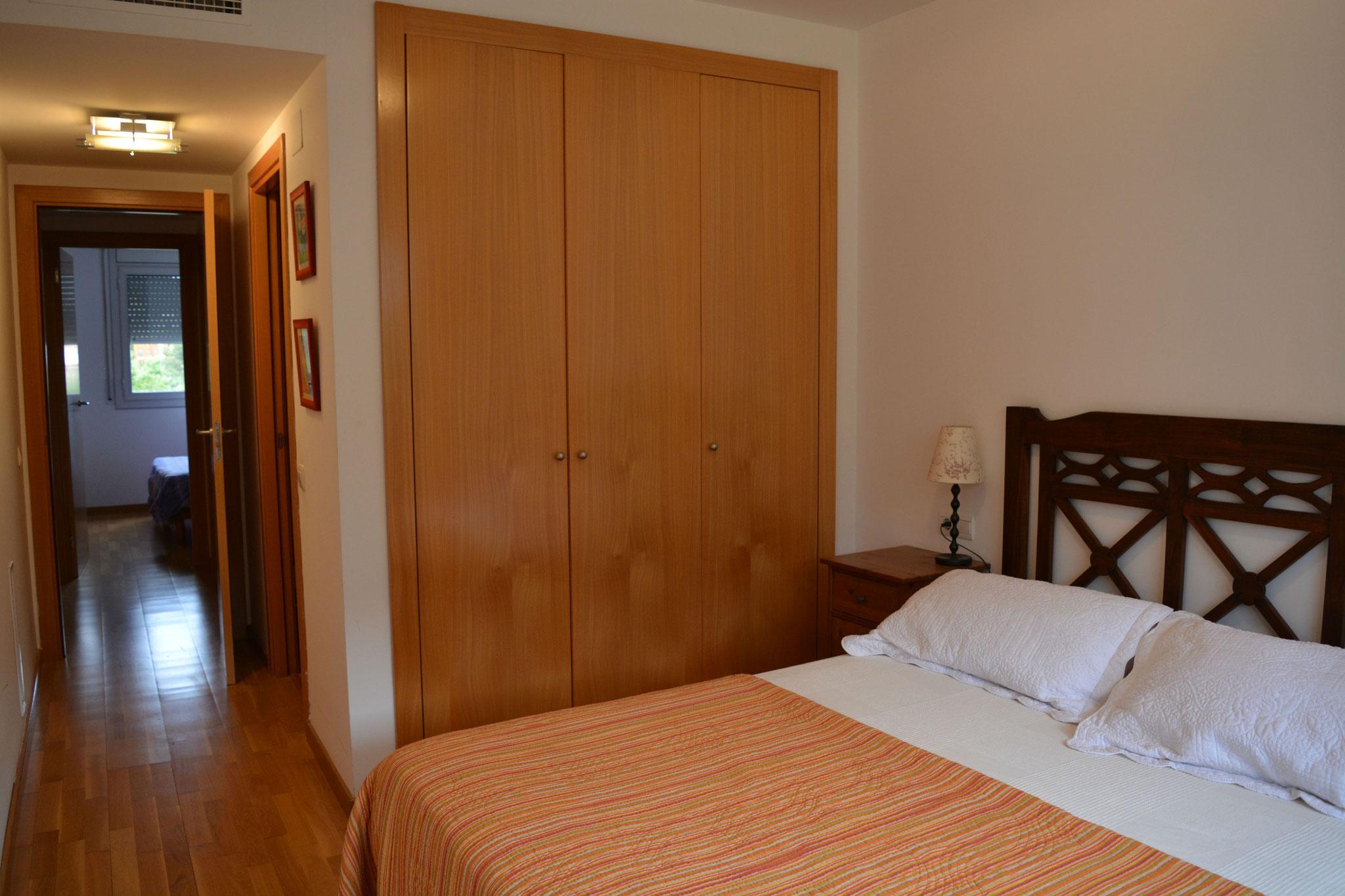 chambre principale avec salle de bain