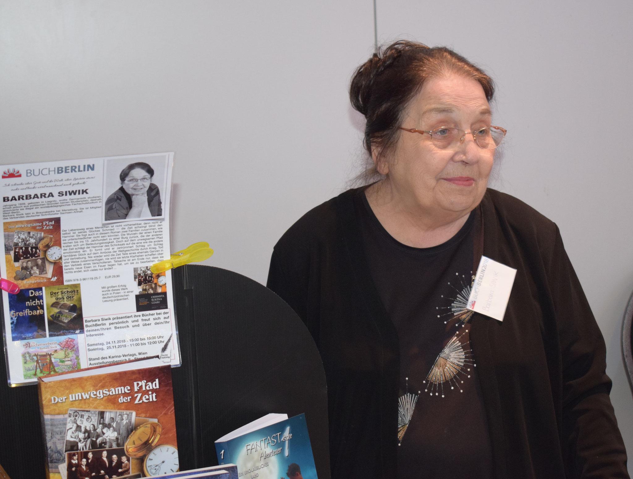 Buchmesse BuchBerlin 2018, Karina-Verlag, Autoren-Stunde Barbara Siwik
