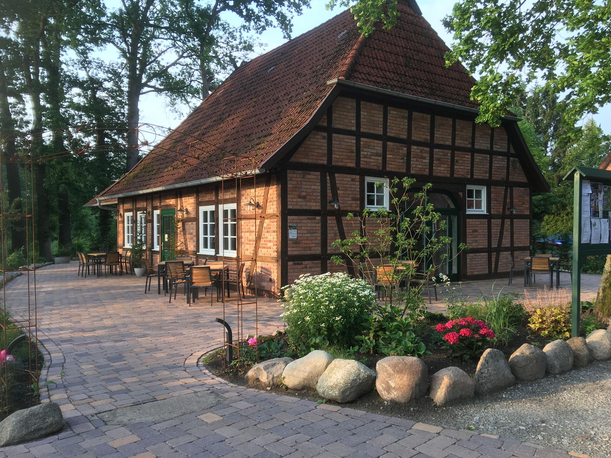 "Hofladen und Dorfcafé ""Wehrkamps Hus"""