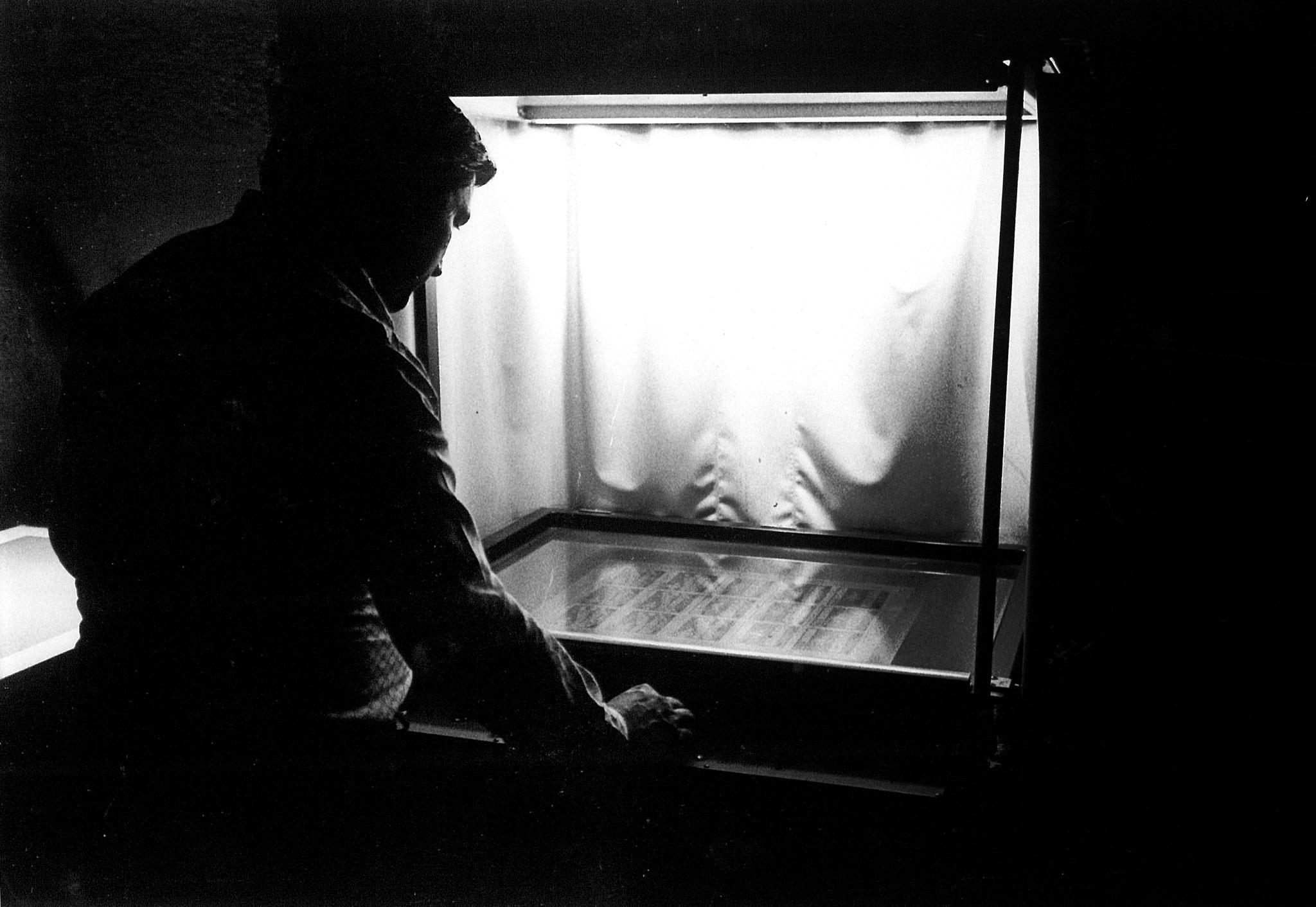 Frigeni Domenico al bromografo per incisione lastre anni 70