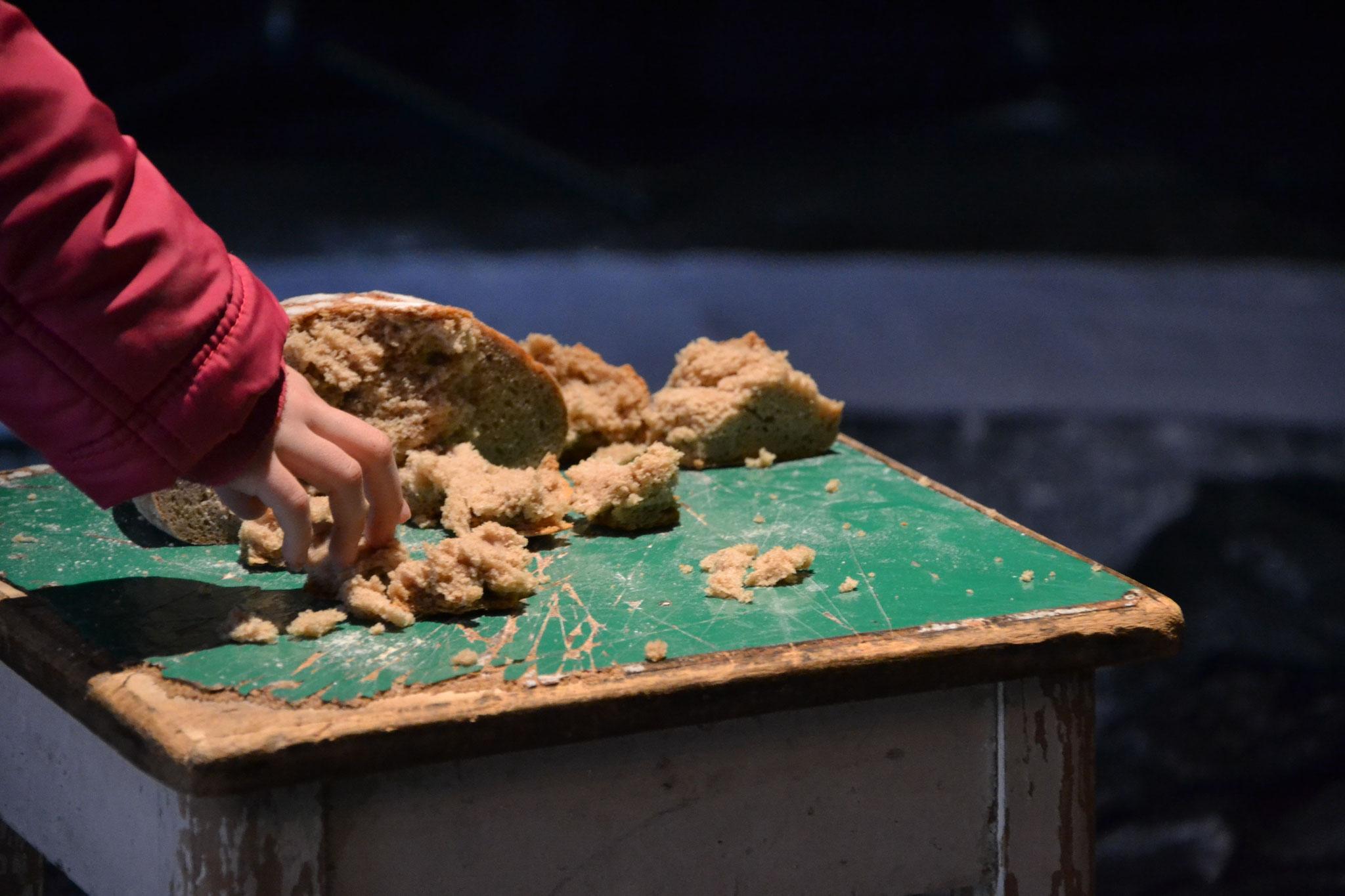 Puppenspiel.ch: FLOW. Bild: Janine Mathieu