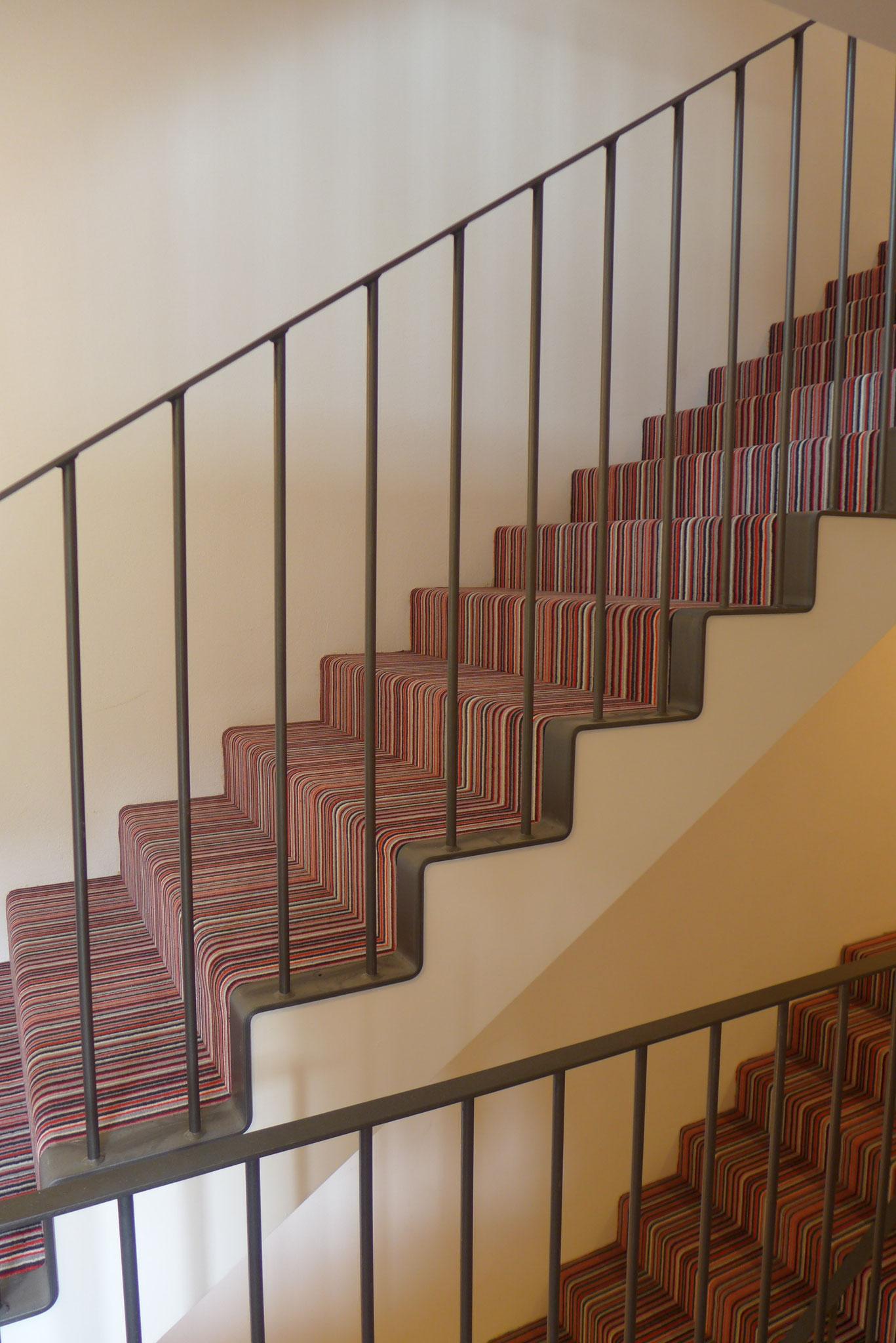 Treppengeländer mit Flachstahl