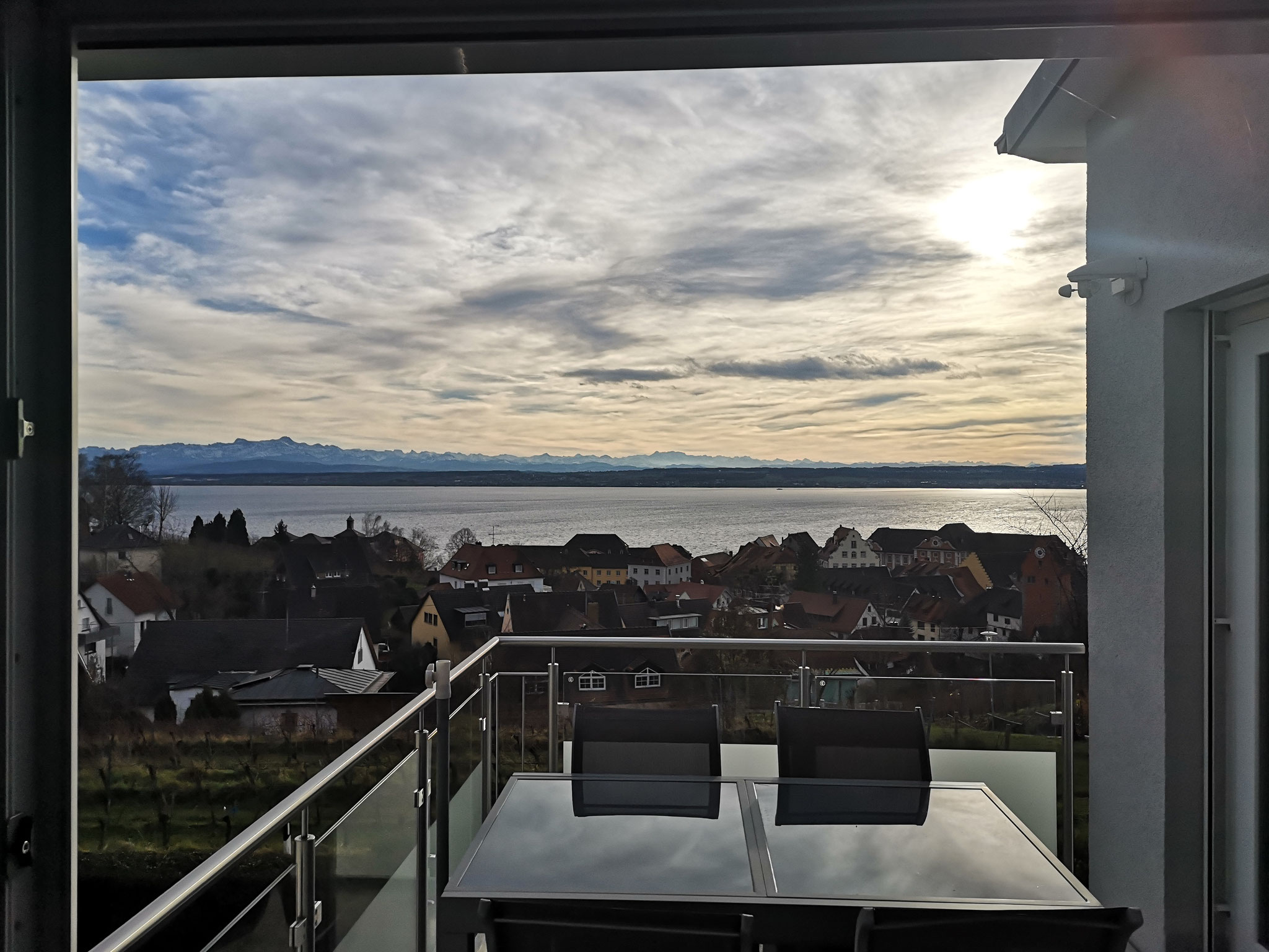 winterlicher Ausblick vom Balkon