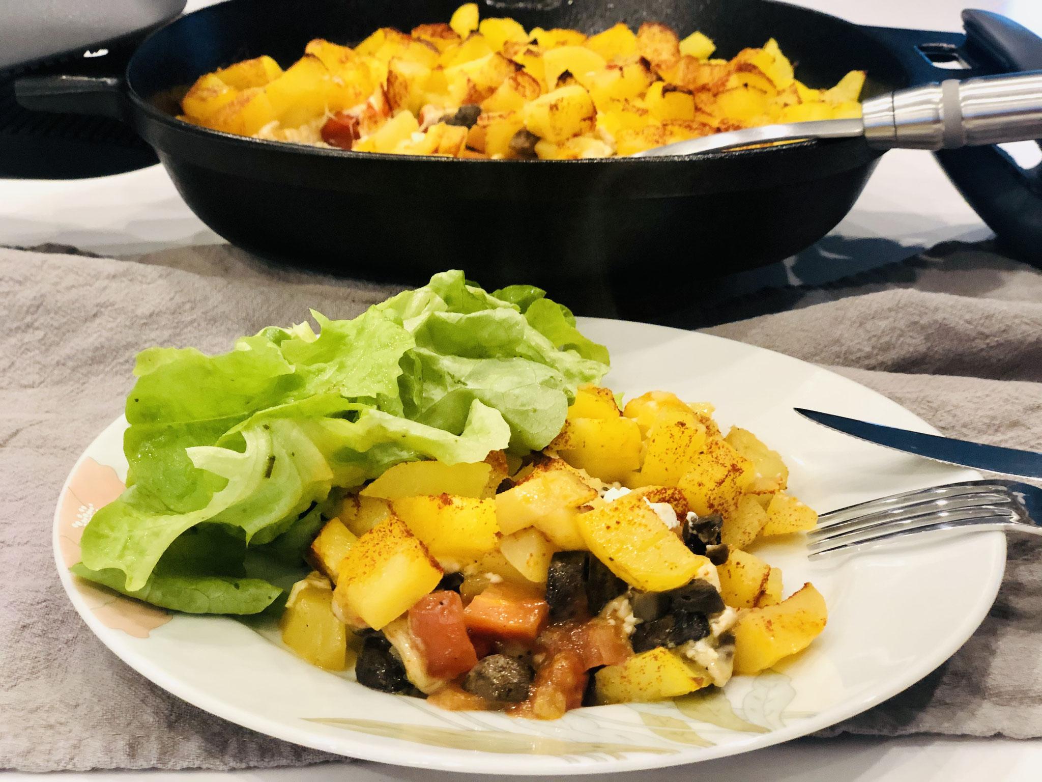 Serviert mit einem grünen Salat schmeckt es einfach yammiii ♥♥♥