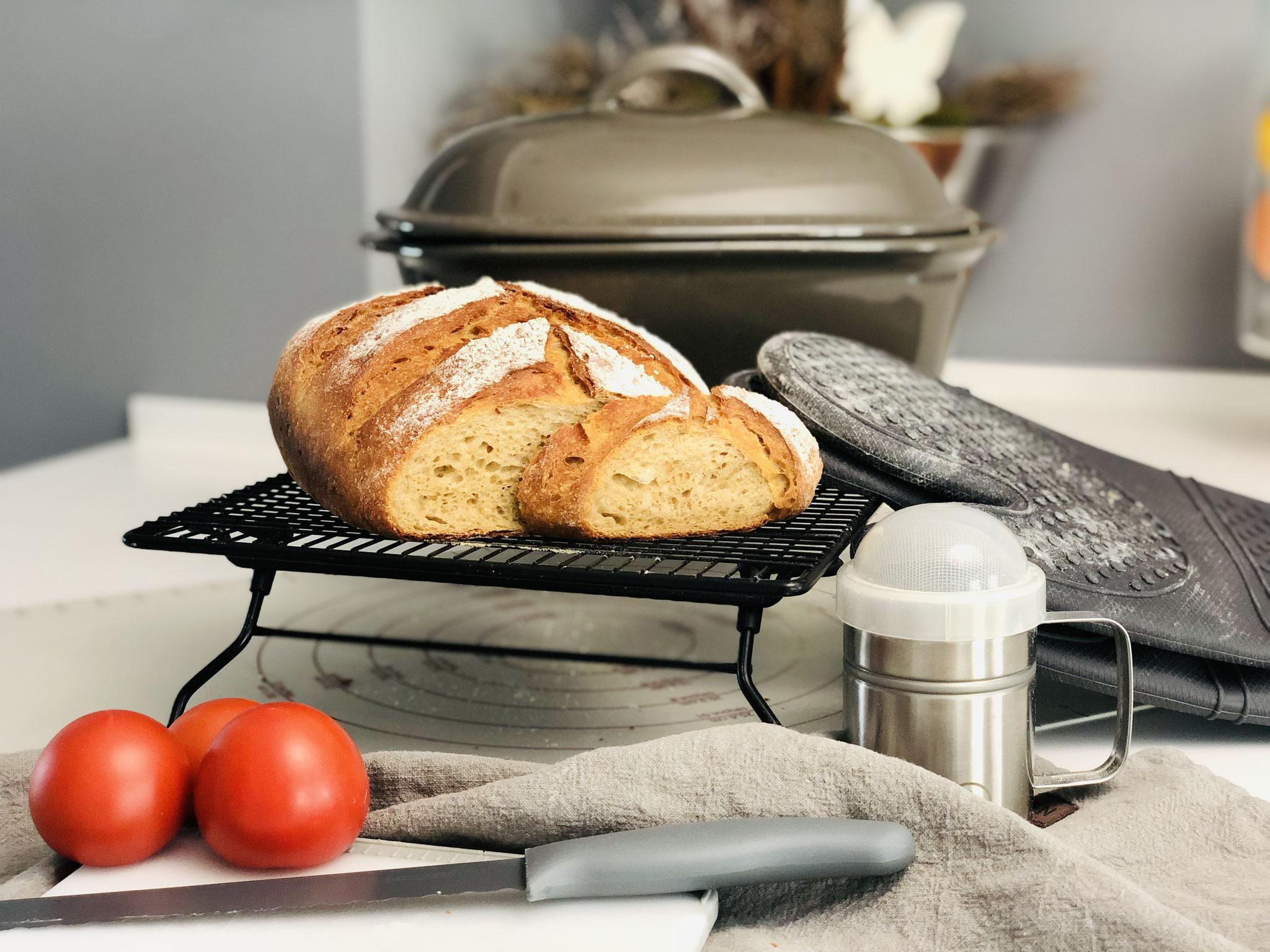 Hier siehst du den Anschnitt vom Brot - seeeehrrrr lecker :)