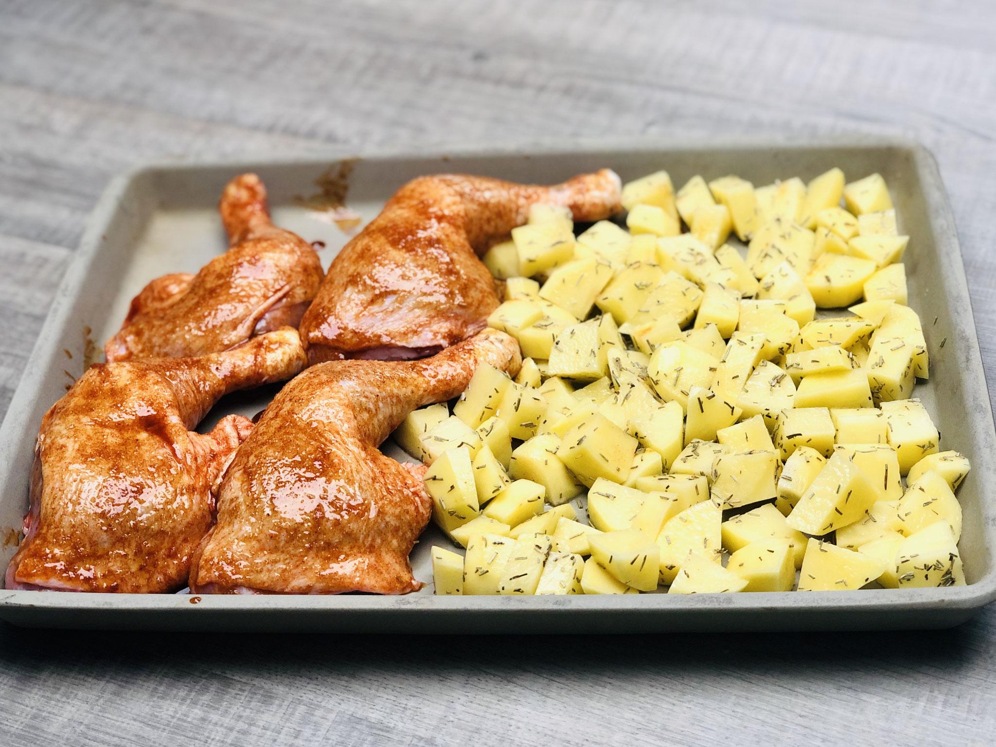 Wichtig ist, dass wenn du Tiefkühl Hähnchenteilchen verwendetst, dass diese gut angetaut oder sogar aufgetaut sind...
