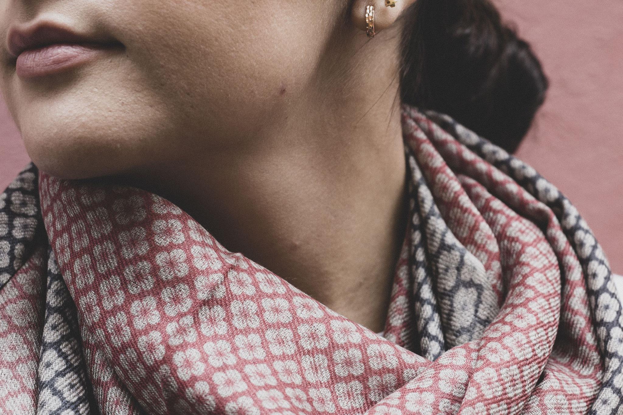 sciarpa Cashmere  india 48euro