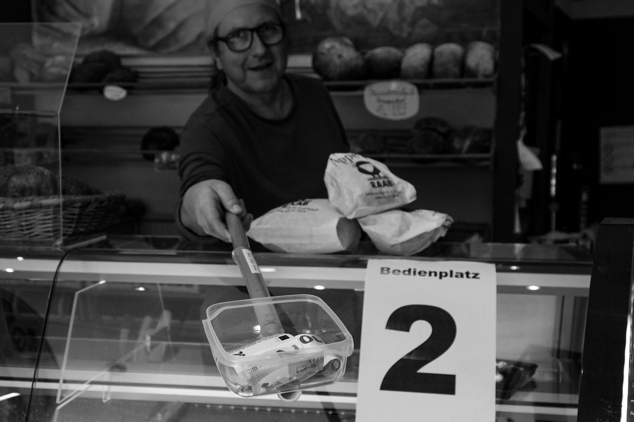 24.3.2020 | Heßheim | Bäckerei Raab | Übergabe Wechselgeld