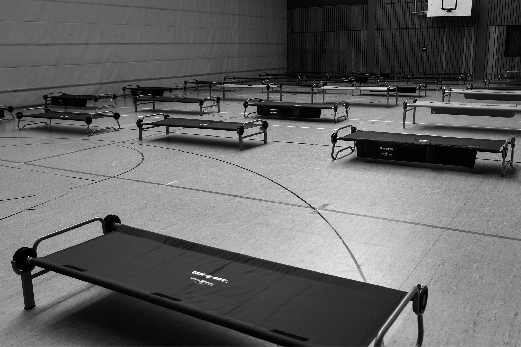23.3.2020 | FT | Gelände Sporthalle Andreas-Albert | Vorbereitung Notlazarett