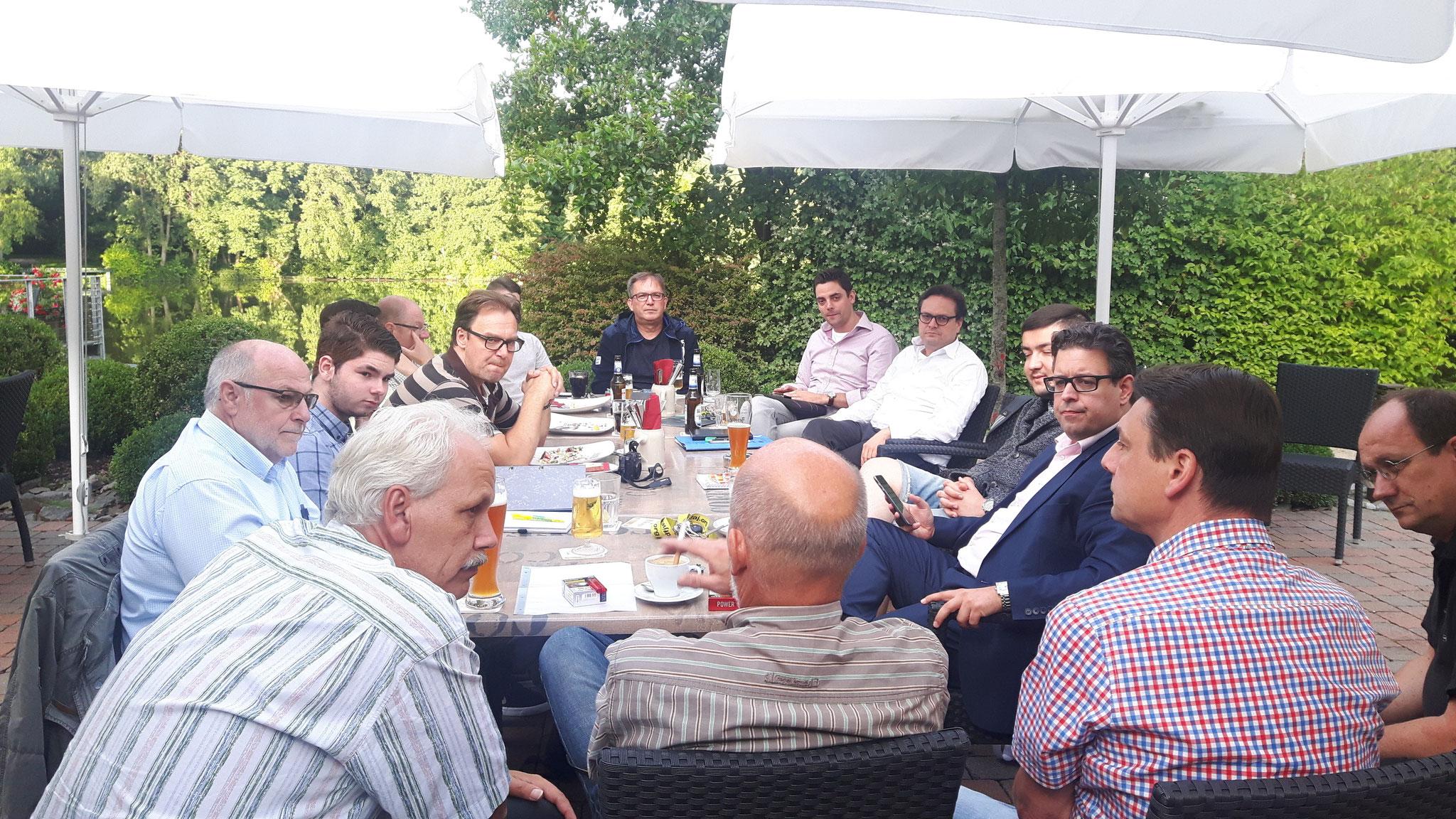 Wahlkampf-Besprechung während der Bundestagswahl 2017