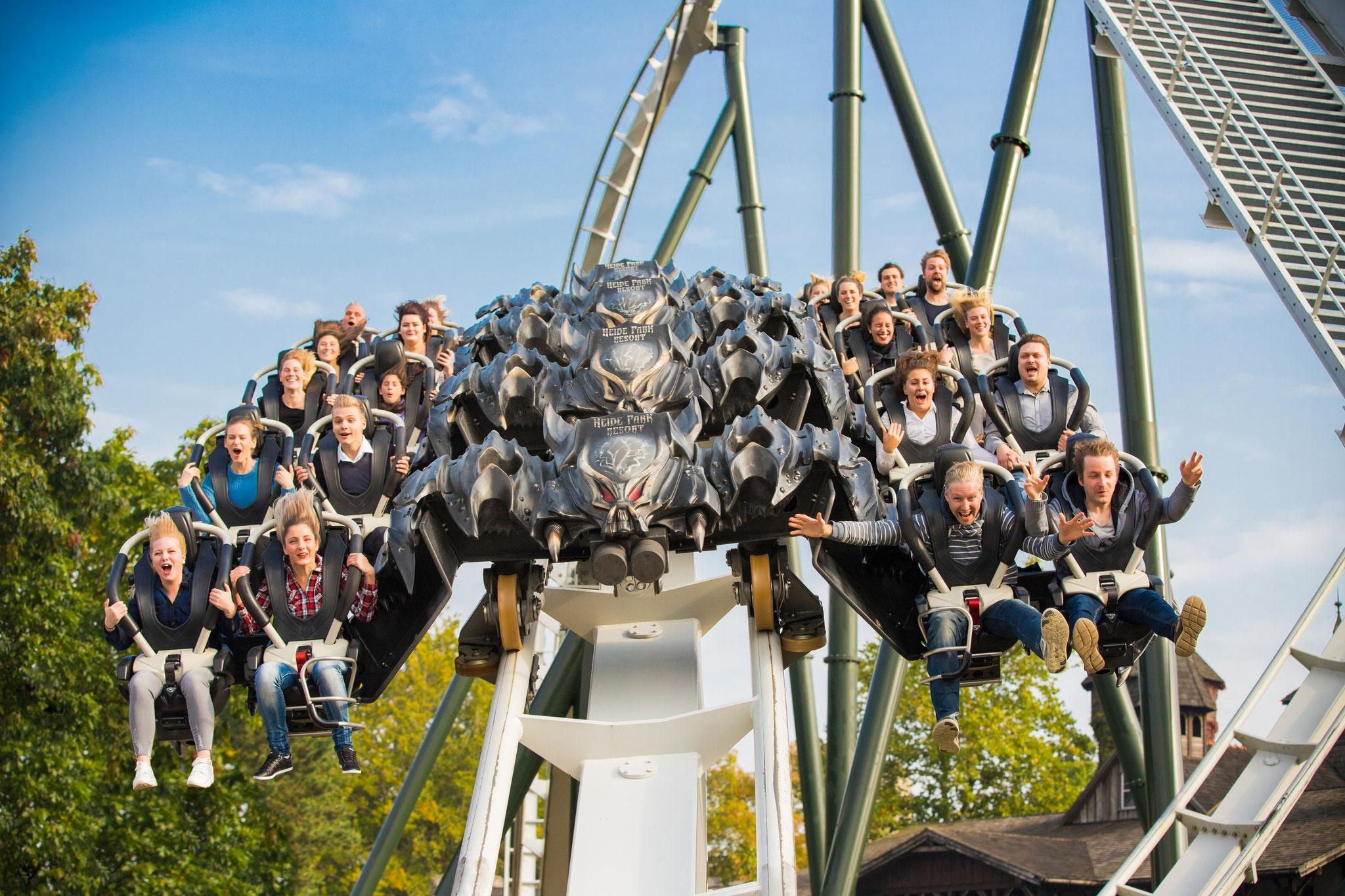 Flug der Dämonen - Deutschlands einziger Wing Coaster