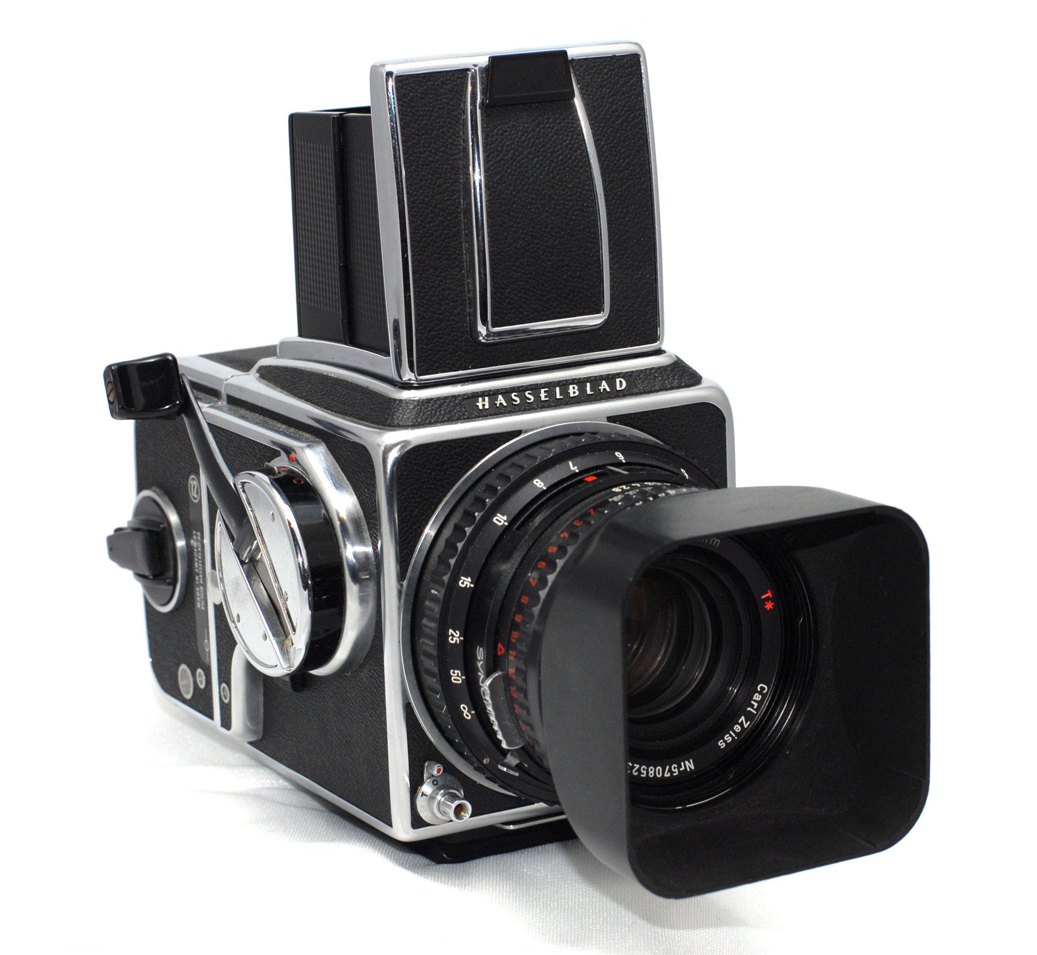 Nie wieder hatte ich so eine beeindruckende Kamera in der Hand wie meine Hasselblad 500 C/M. Leider waren die Zeiss-Objektive unbezahlbar teuer.