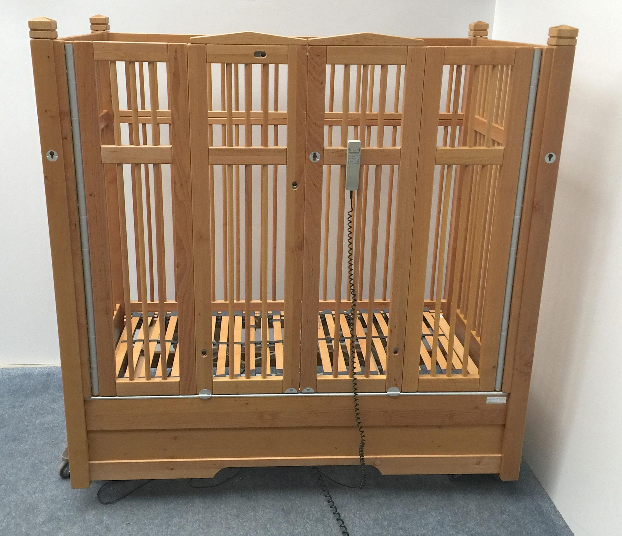 KayserBetten Kinderpflegebett mit hohen Gittern