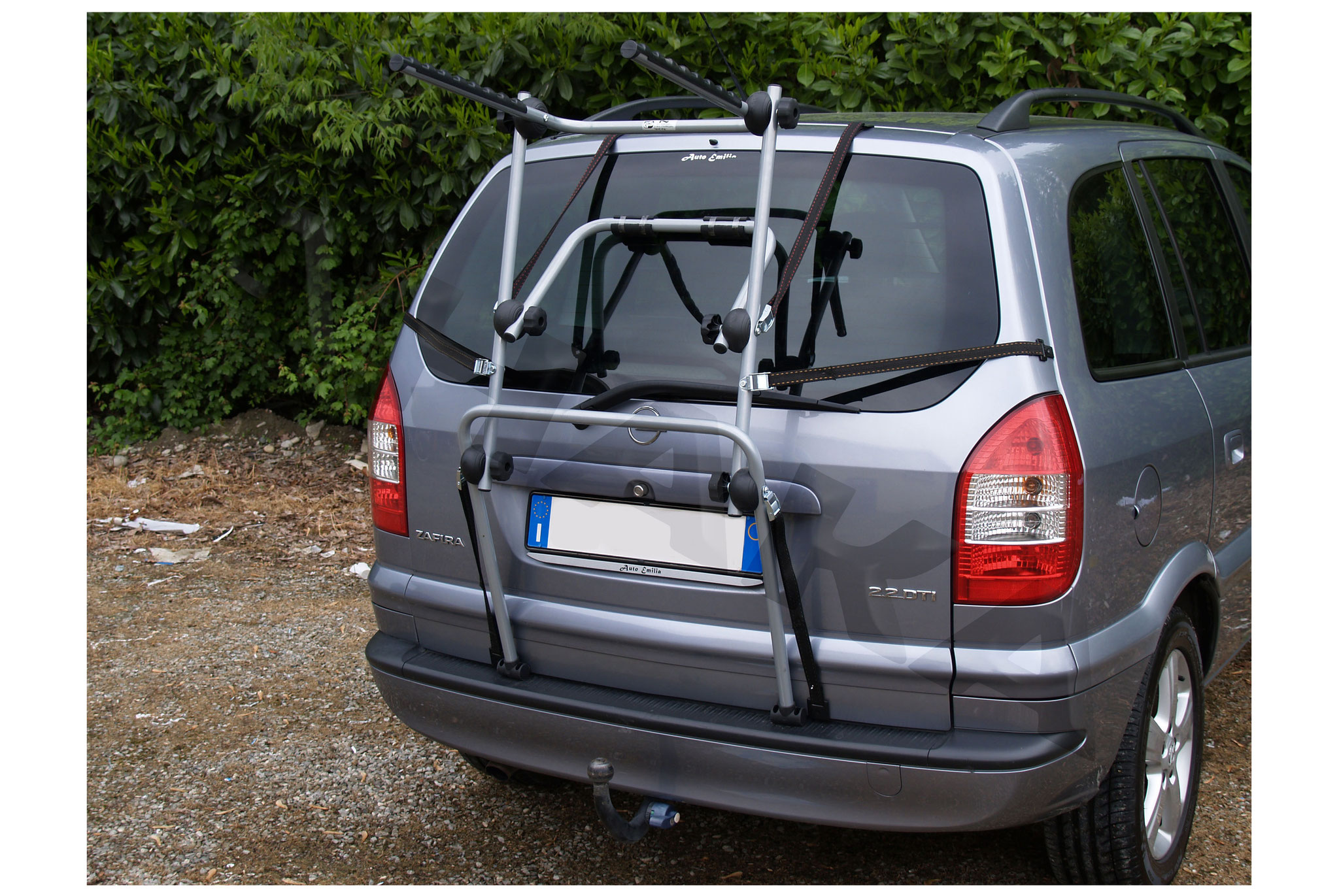 Dachträger Menabo Tema für Ford Focus II SW//Kombi ohne Reling 04-10 Stahl