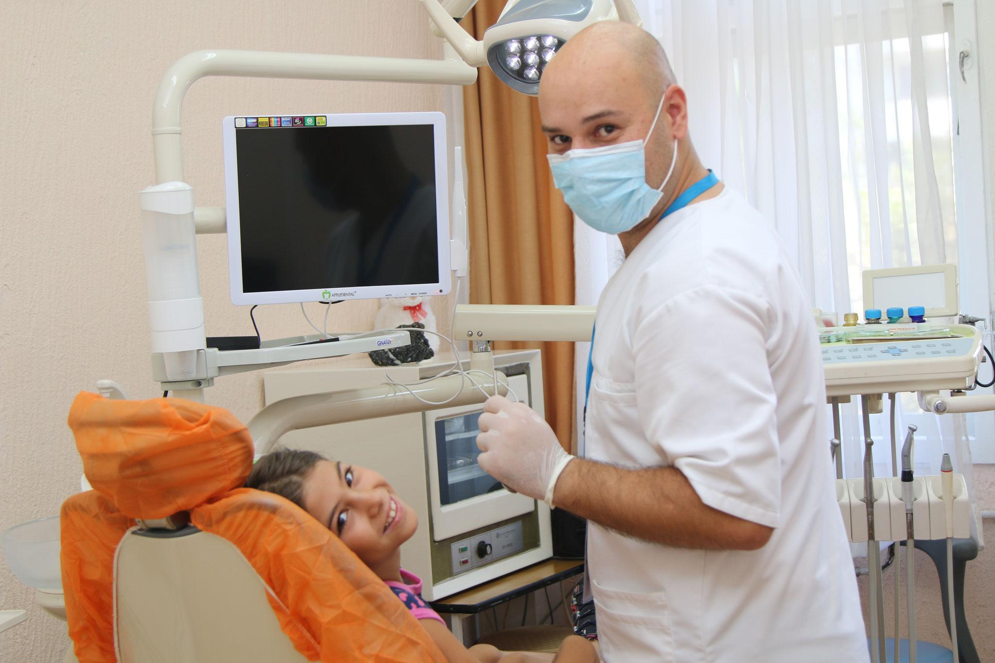 Dr Valdet Spuzha