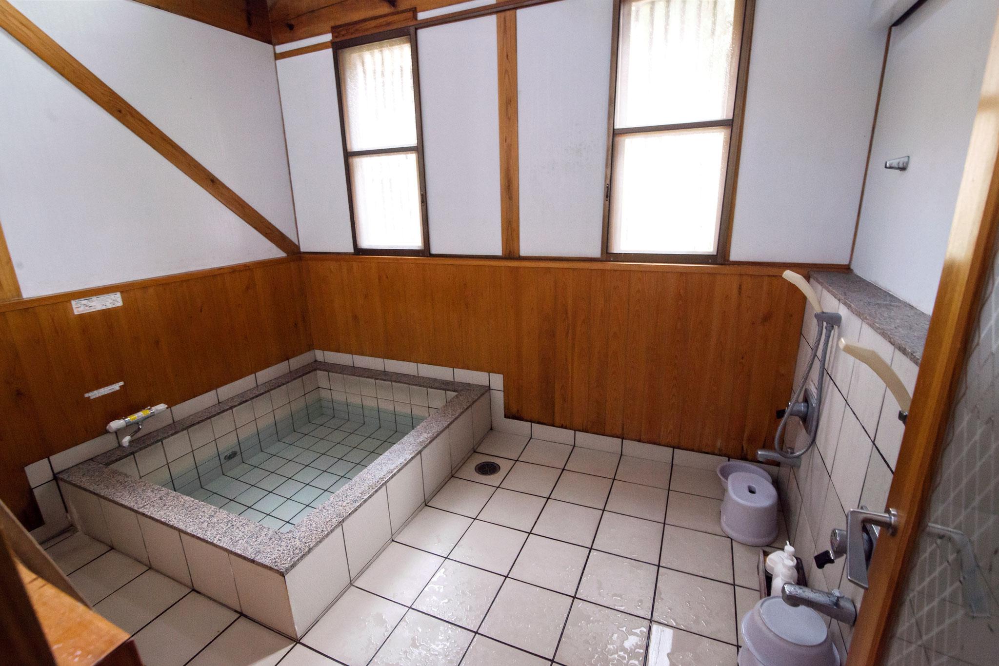 家族みんなで入浴できる大浴場